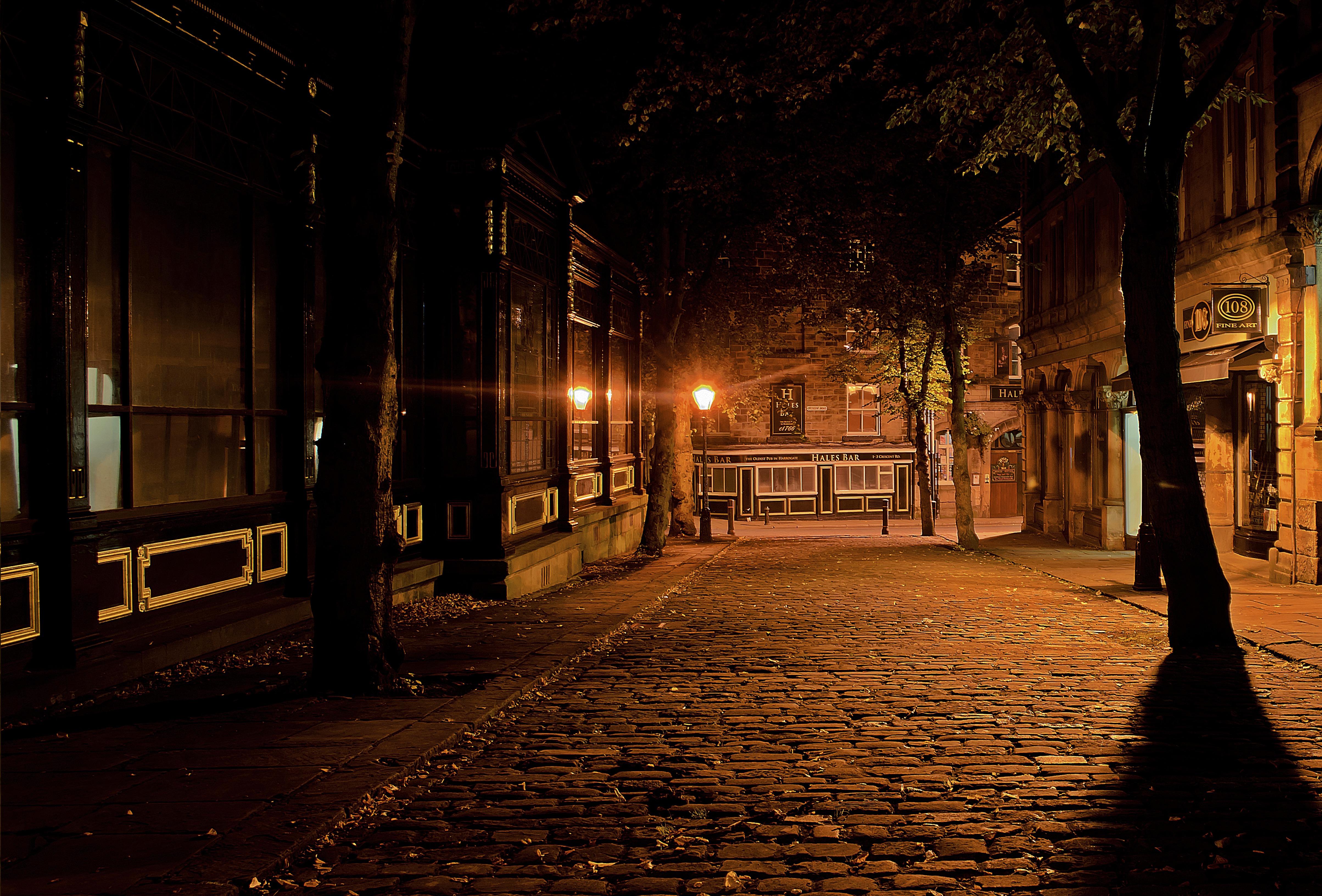 Images Gratuites Silhouette Route Rue Nuit Lumiere Du Soleil