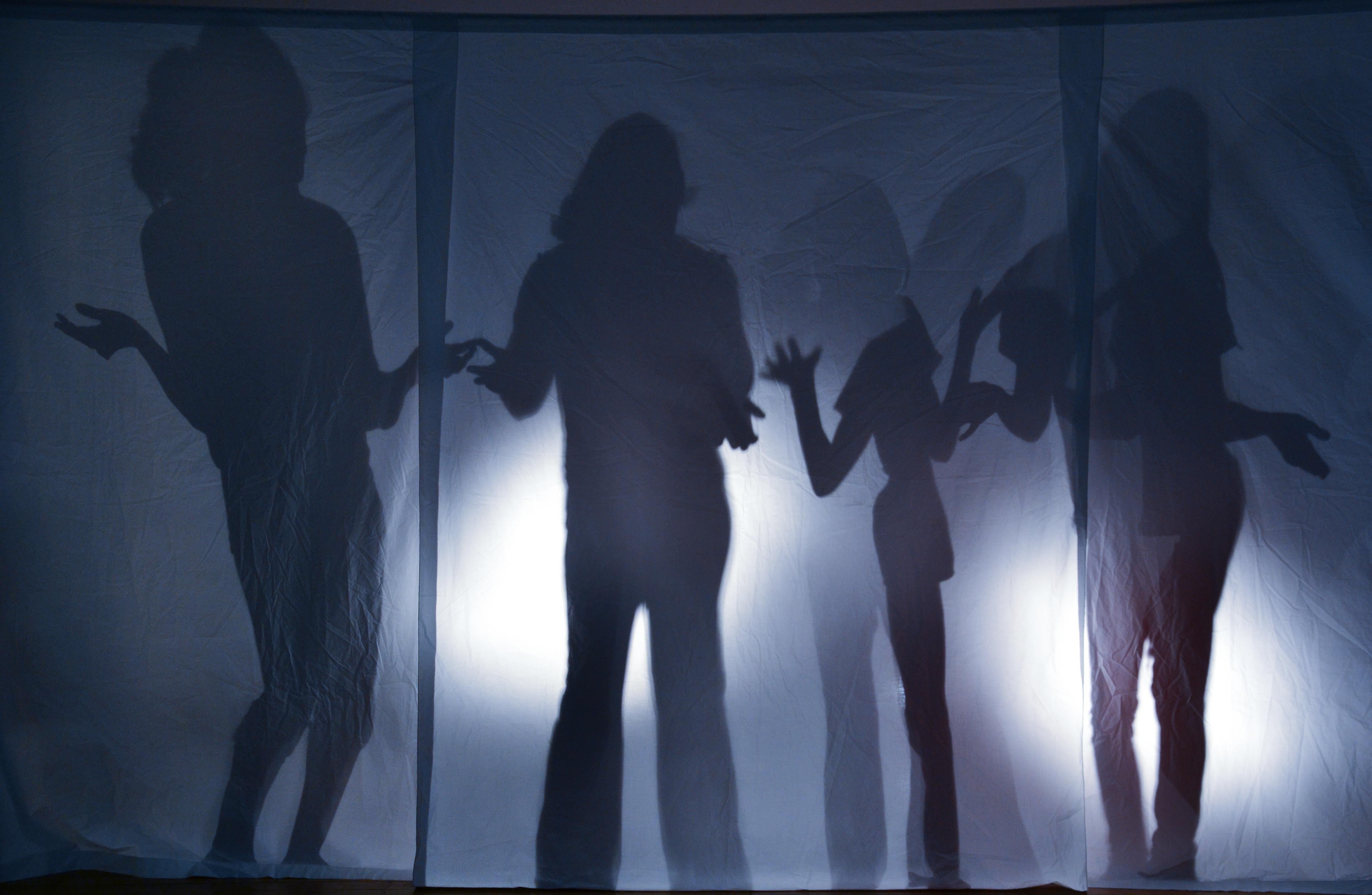 рукам липнуть пример фото человека в темноте этом мероприятия