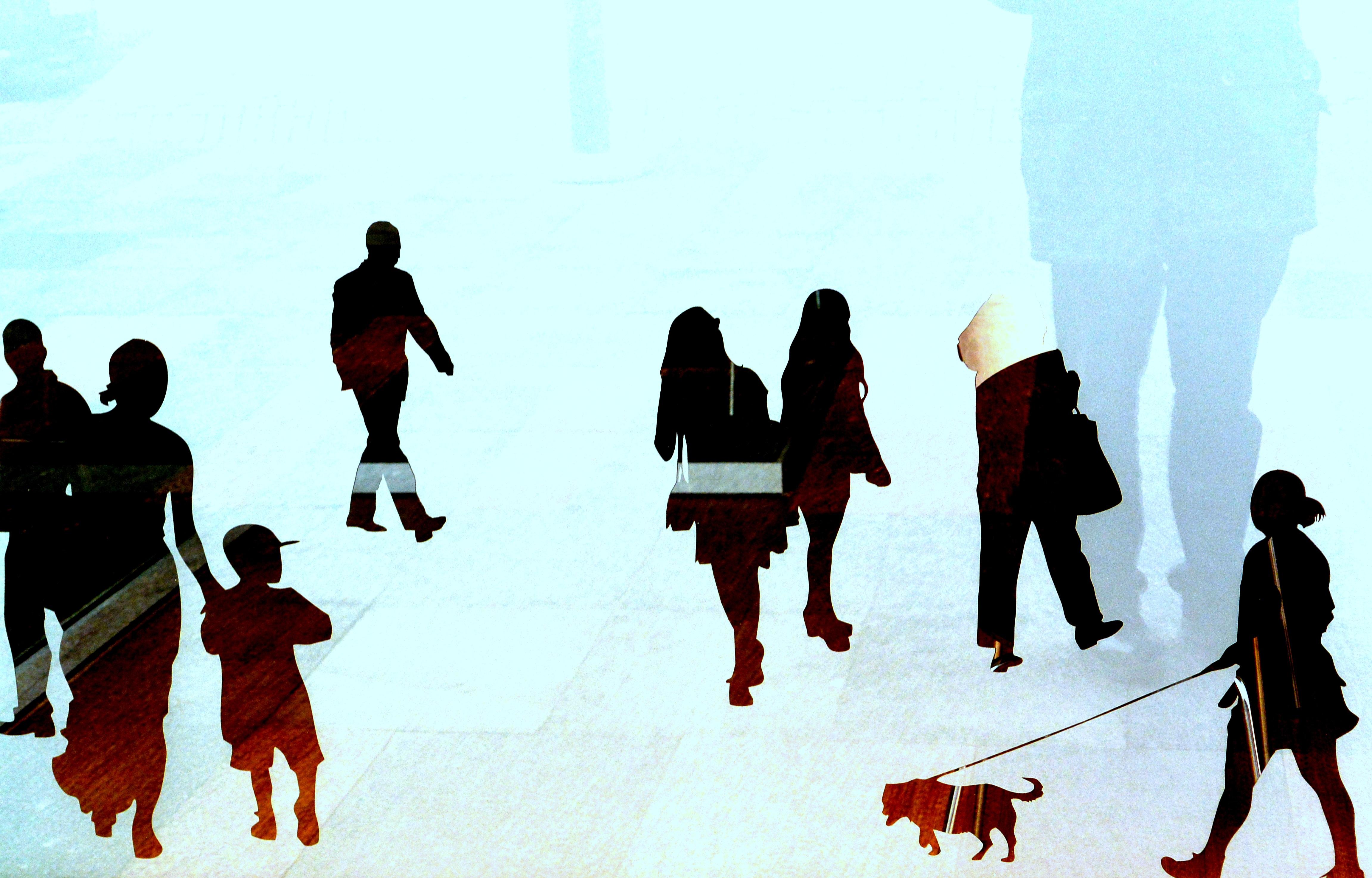 Gambar Bayangan Hitam Berjalan Musim Dingin Kelompok Orang