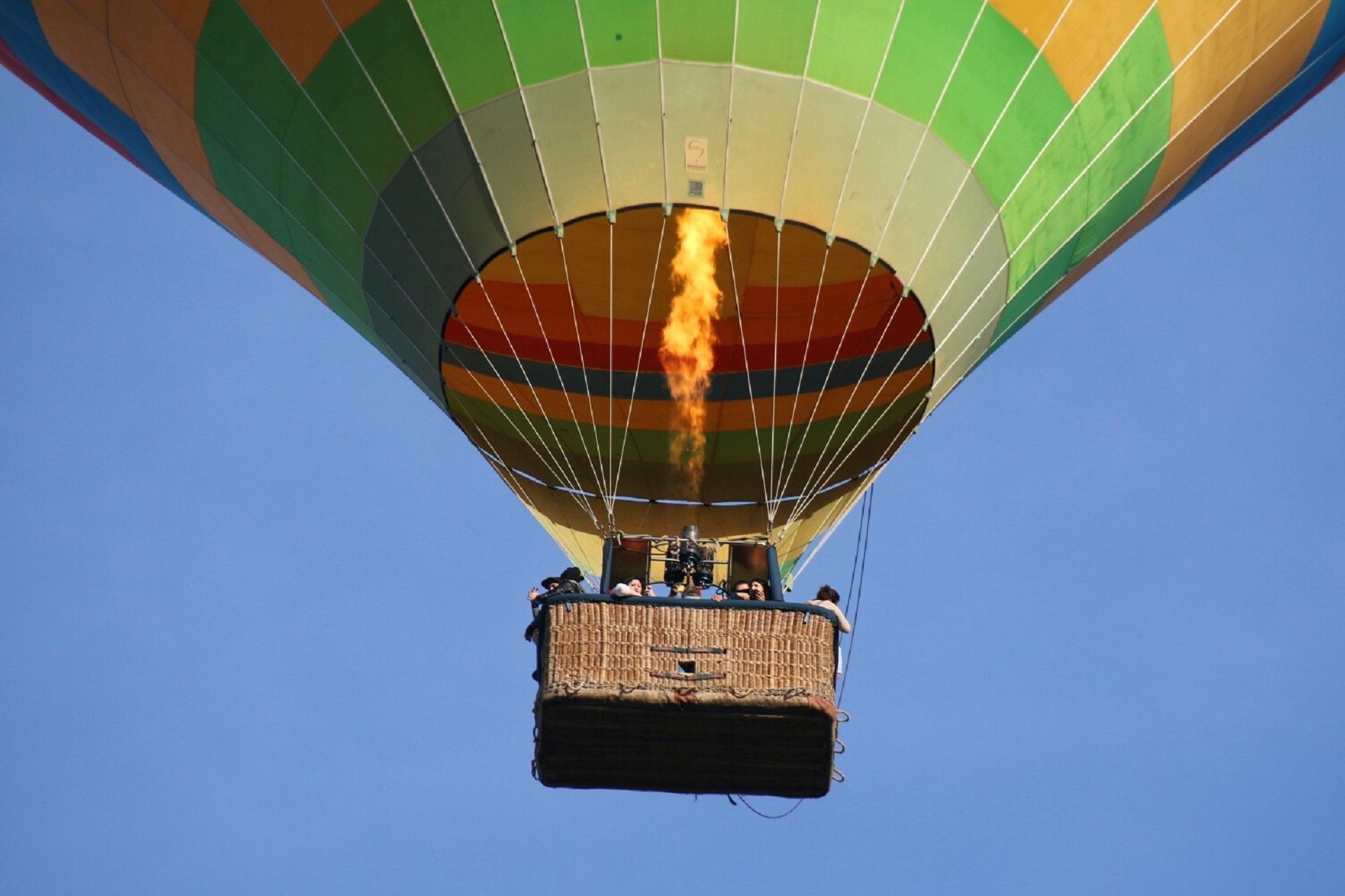Полет воздушный шар картинка