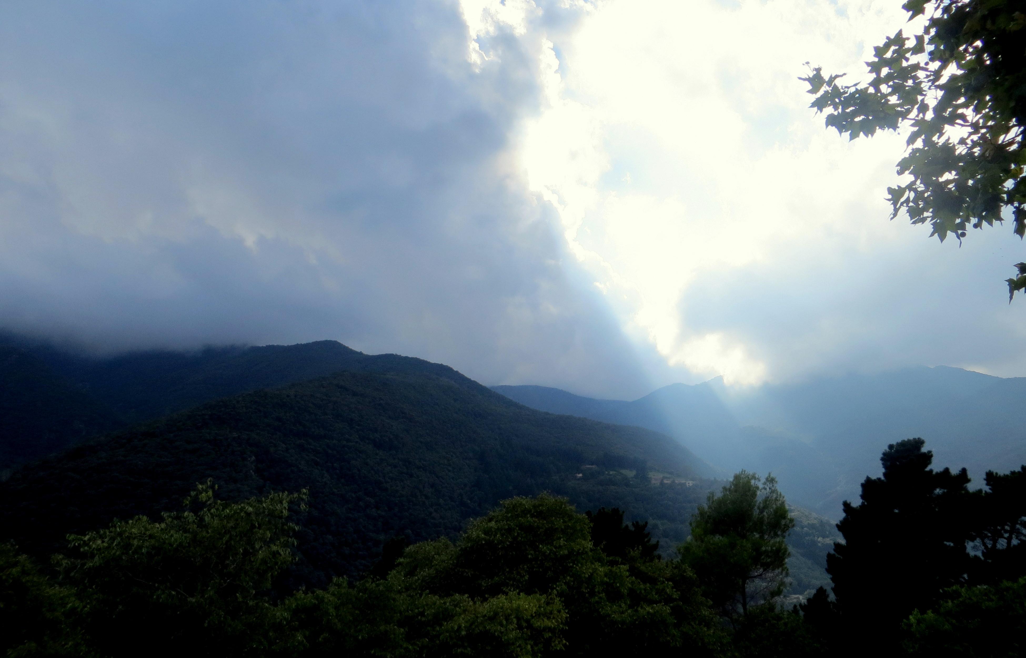Simple Wallpaper Mountain Rain - sky-before-rain-sun-rays-mountains-green-clouds-landscape-nature-peace-calm-meditation-idyllic-sky-highland-cloud-mountainous-landforms-mountain-hill-station-mount-scenery-vegetation-tree-forest-atmosphere-hill-wilderness-ridge-mountain-range-morning-atmosphere-of-earth-sunlight-national-park-cumulus-phenomenon-mist-geological-phenomenon-valley-rainforest-jungle-meteorological-phenomenon-biome-rural-area-evening-plateau-horizon-dawn-computer-wallpaper-1426285  Gallery_18248.jpg