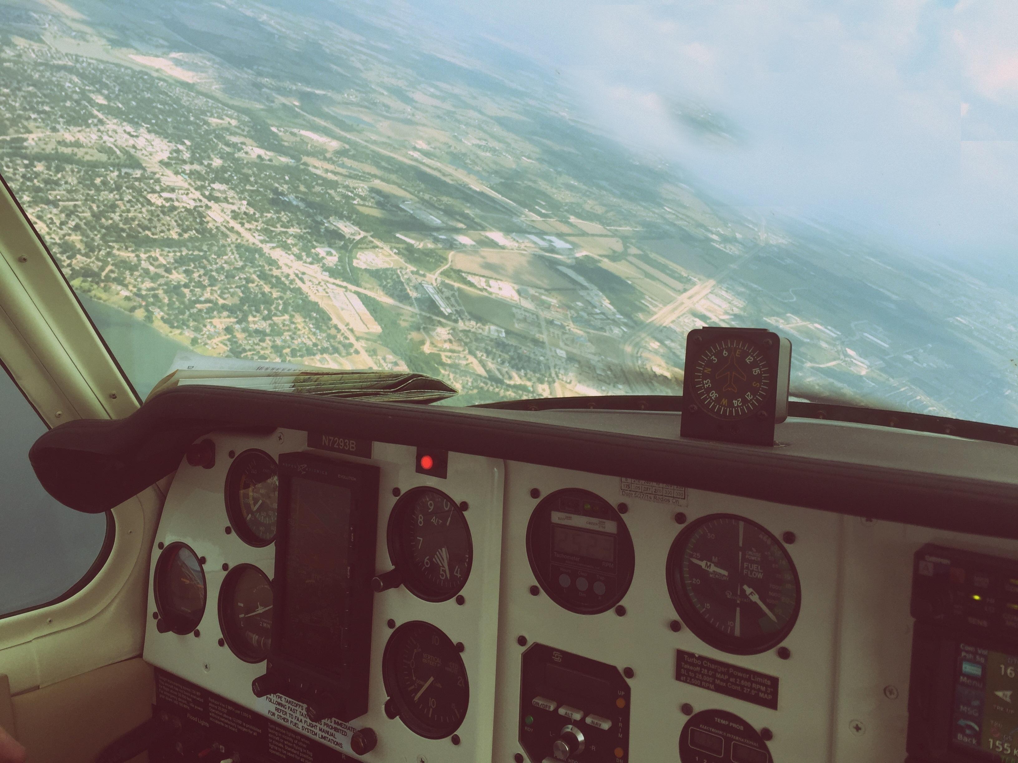 Lento yhtiön lentäjät dating