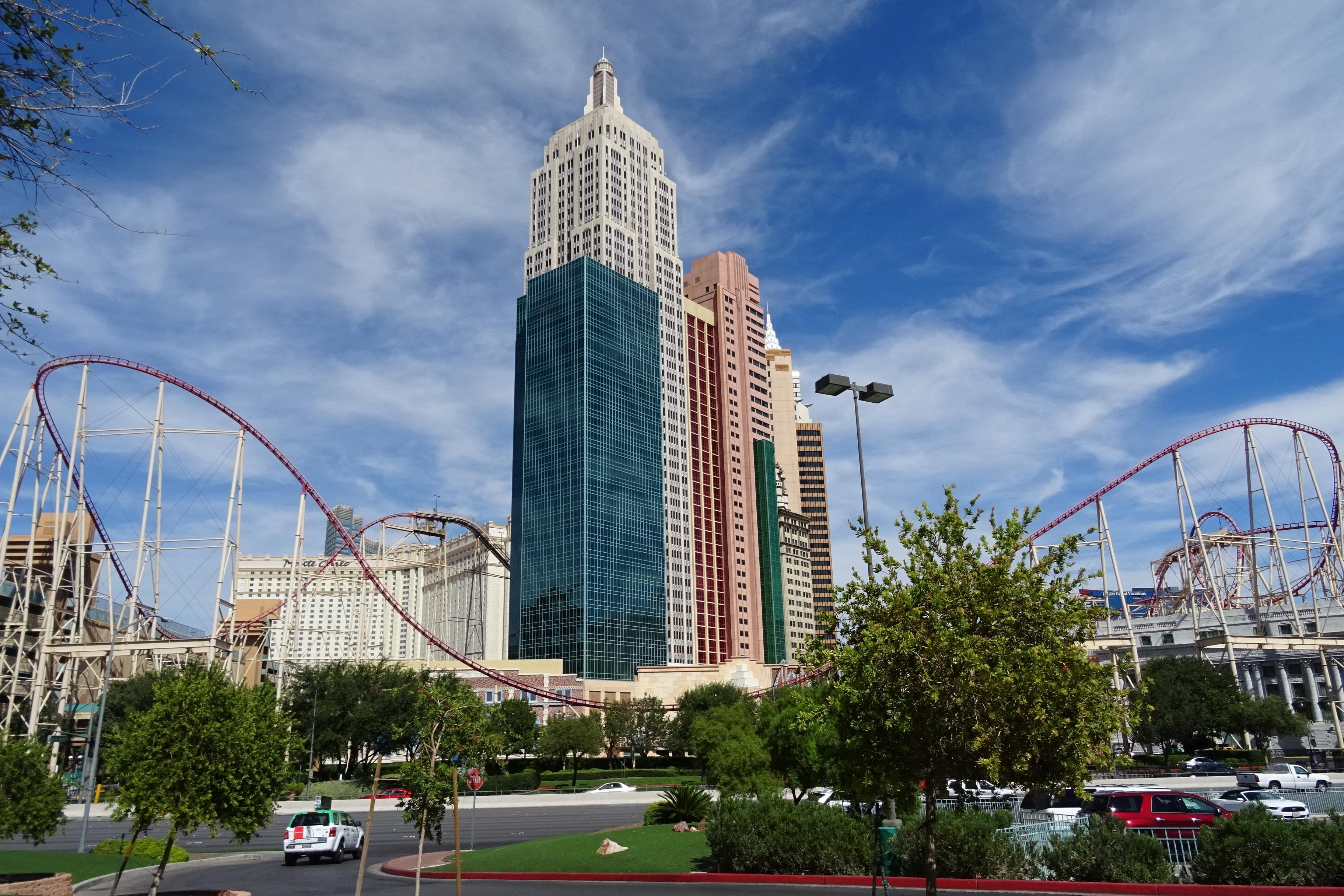 картинки : линия горизонта, небоскреб, городской пейзаж, в центре города, парк развлечений, Башня, Площадь, США, Америка, Ориентир, Бульвар, Туризм, кирпич, ...