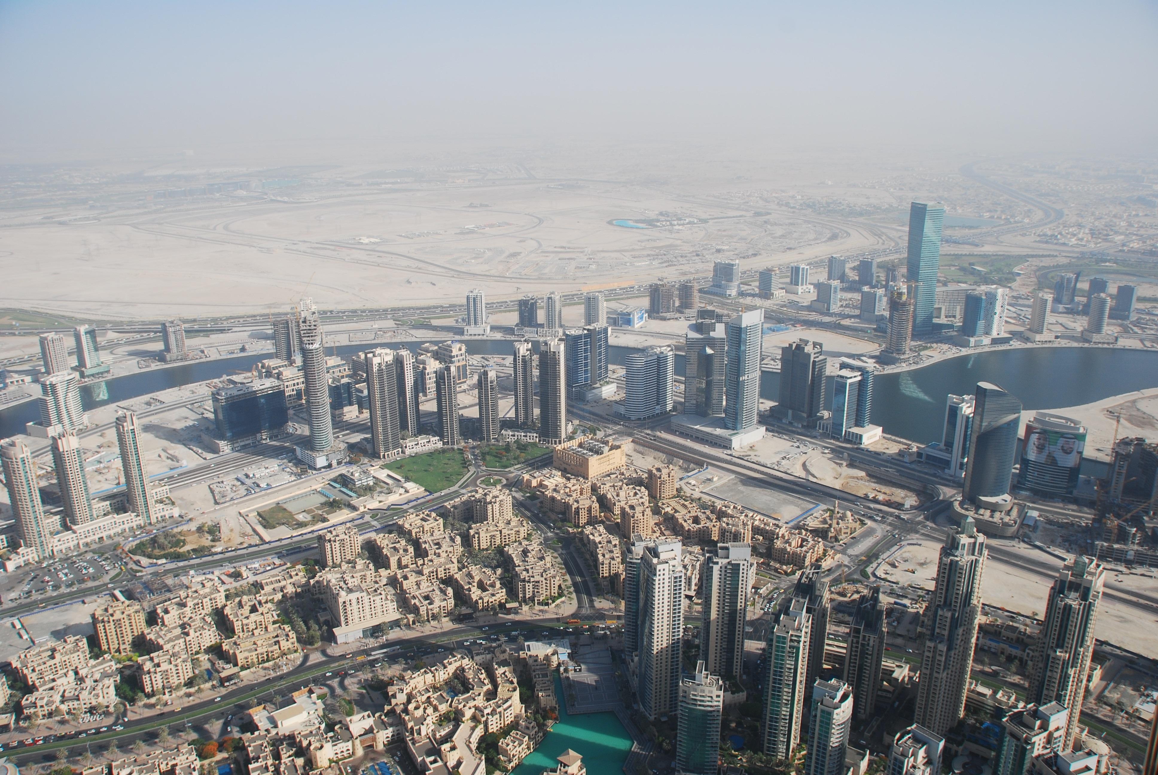 fotos gratis horizonte pueblo rascacielos paisaje urbano panorama centro de la ciudad torre dubai punto de referencia bloque de pisos