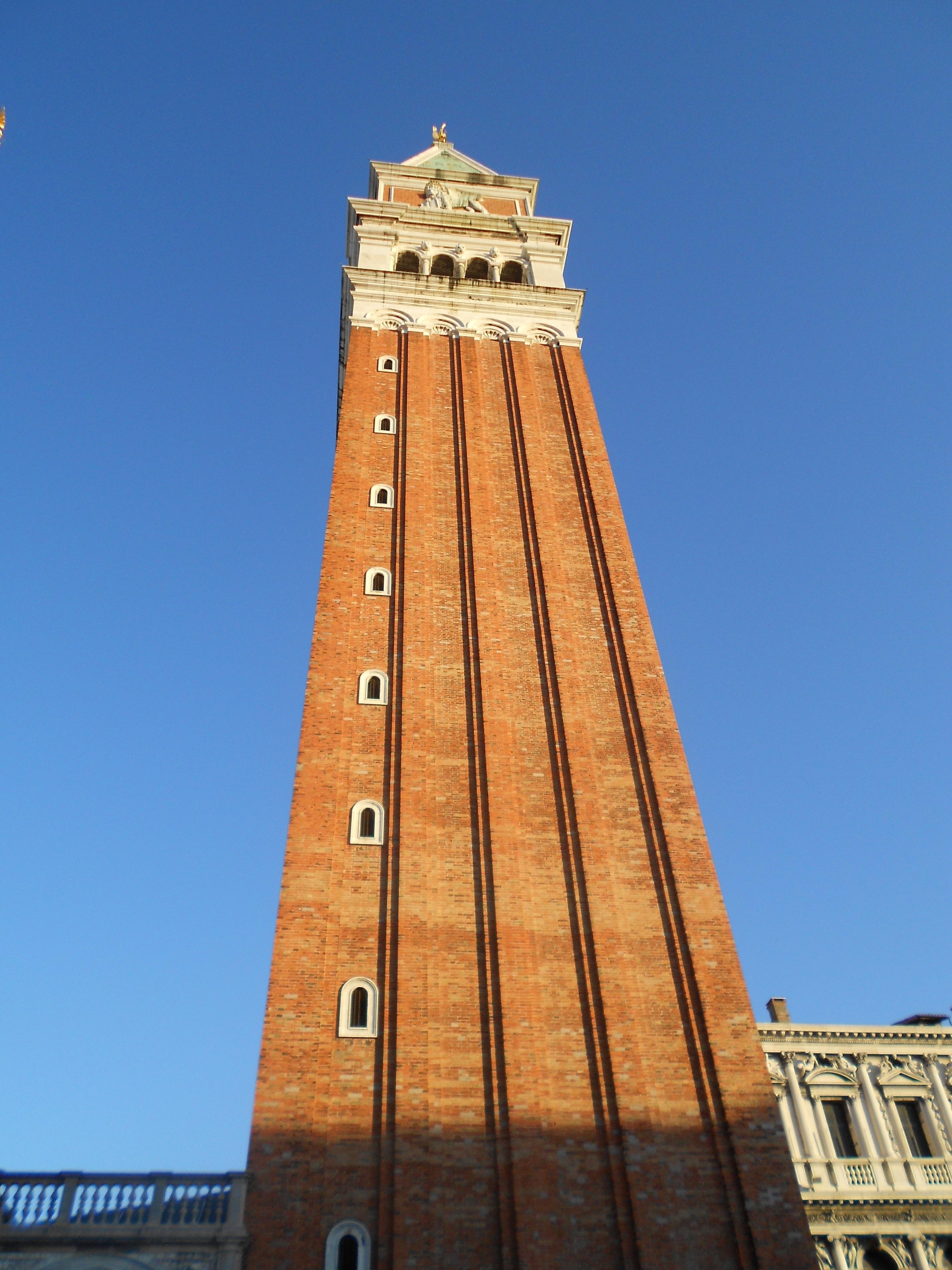 Fotos gratis : rascacielos, Monumento, torre, cuadrado, punto de ...
