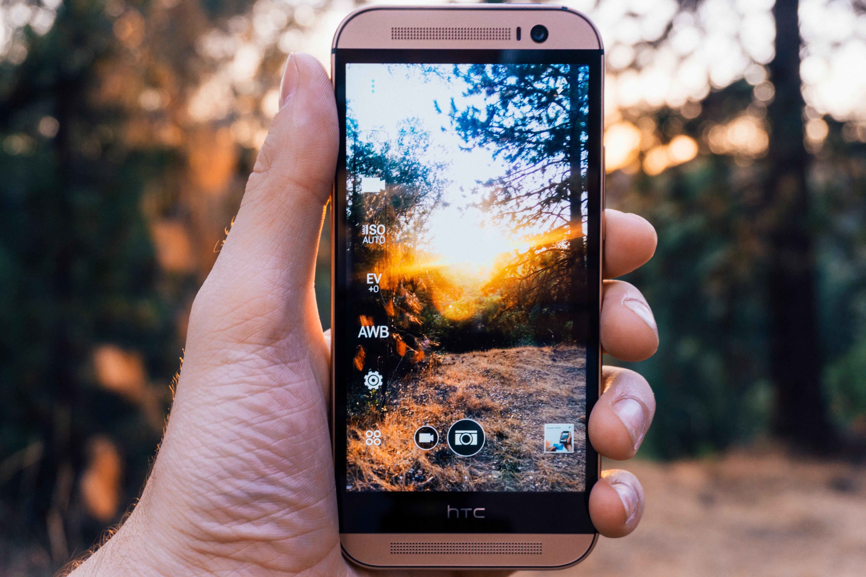стекинг фото на смартфоне для выписки роддома