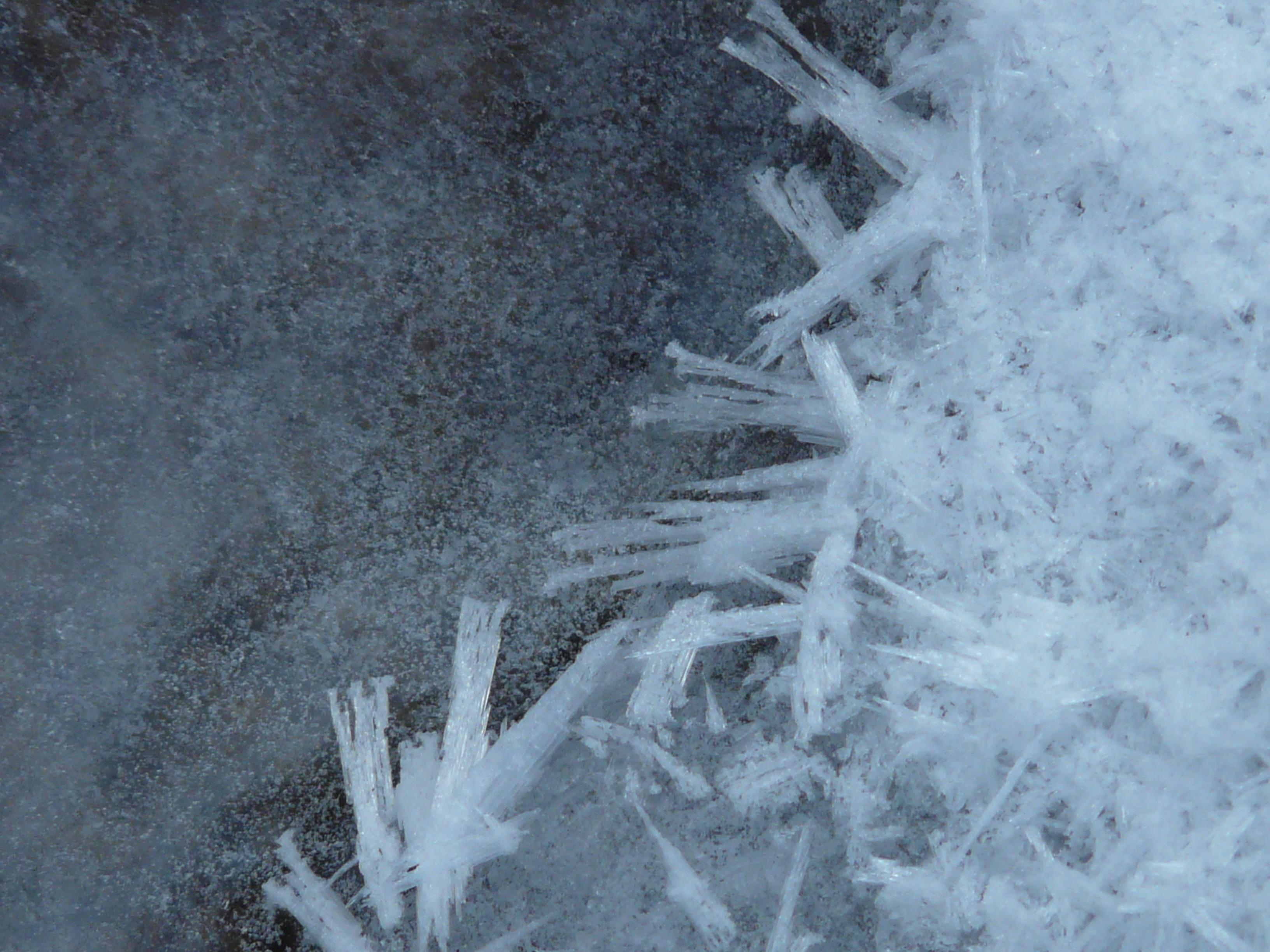 Fotoğraf : soğuk, don, buz, hava, dondurulmuş, sezon, buzlu, Kar fırtınası,  dondurucu, Eiskristalle, Kristaller, Jeolojik olay, kış fırtınası, Yağmur  ve kar yağışı 3264x2448 - - 1151661 - Ücretsiz resimler - PxHere