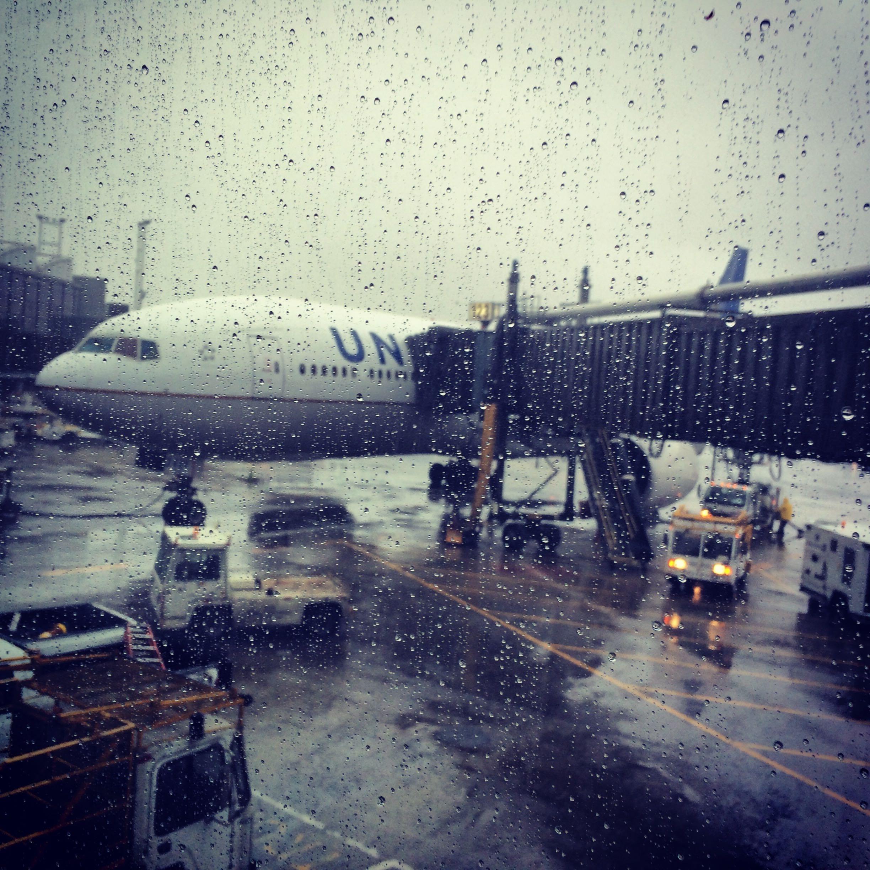 hình ảnh : tuyết, mưa, sân bay, du lịch, Máy bay, phi cơ, vận chuyển, nỗi  buồn, Xe, Hãng hàng không, Hàng không, chuyến bay, Thời tiết, Lên máy bay,  ...