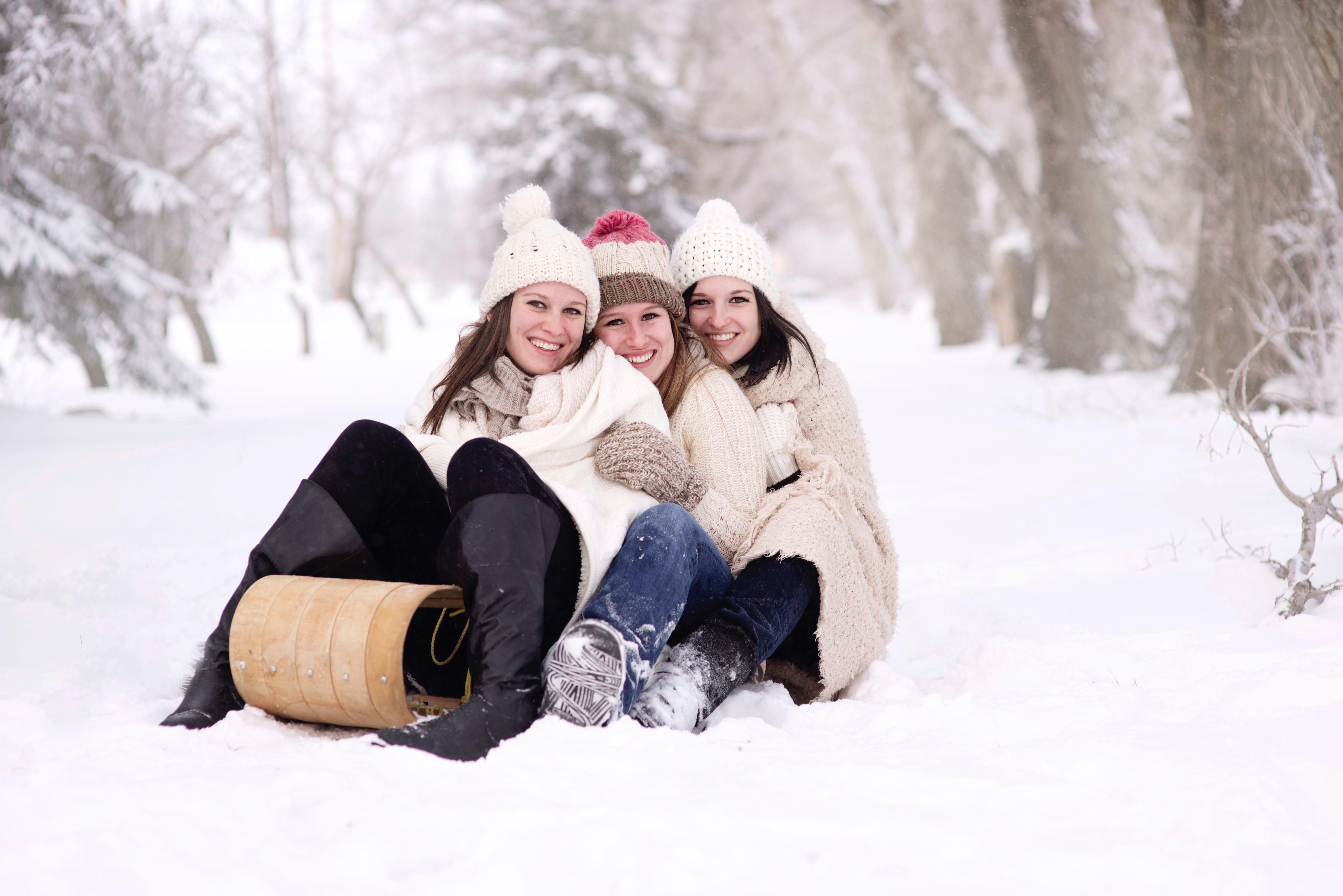 Жизненные фотографии группы людей зимой