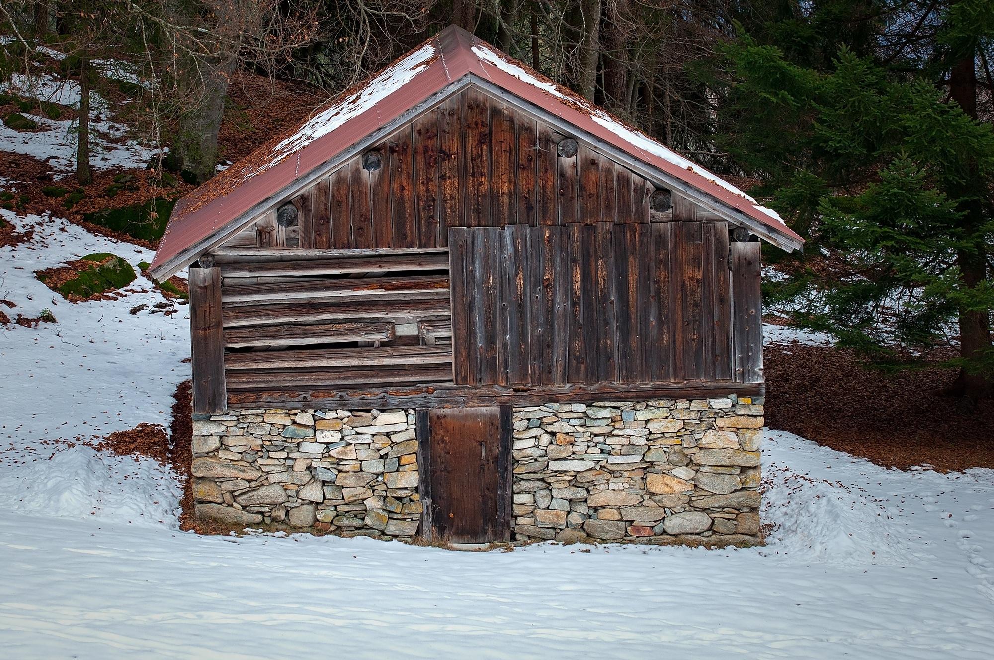 Kostenlose foto : Schnee, Winter, Holz, Haus, Gebäude, Scheune ...