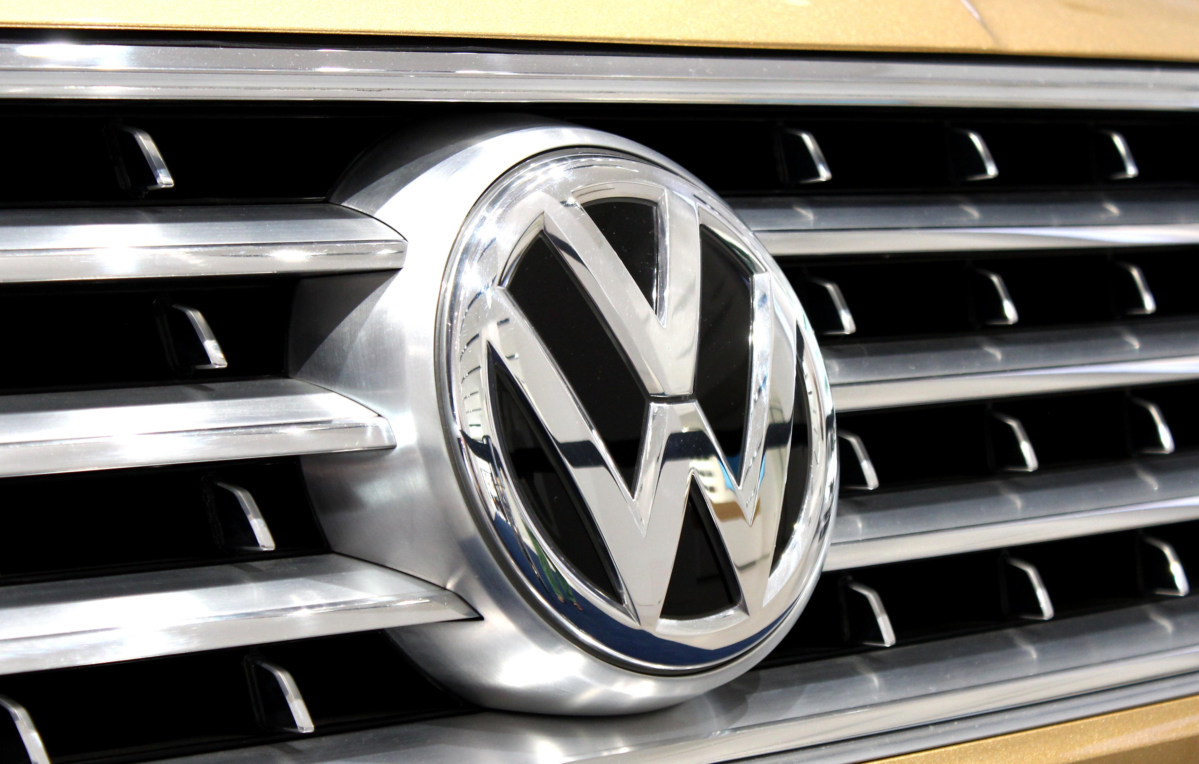 Free Images : wheel, vw, volkswagen, stamp, grille, grill, bumper, mask, chrome, logo, rim ...