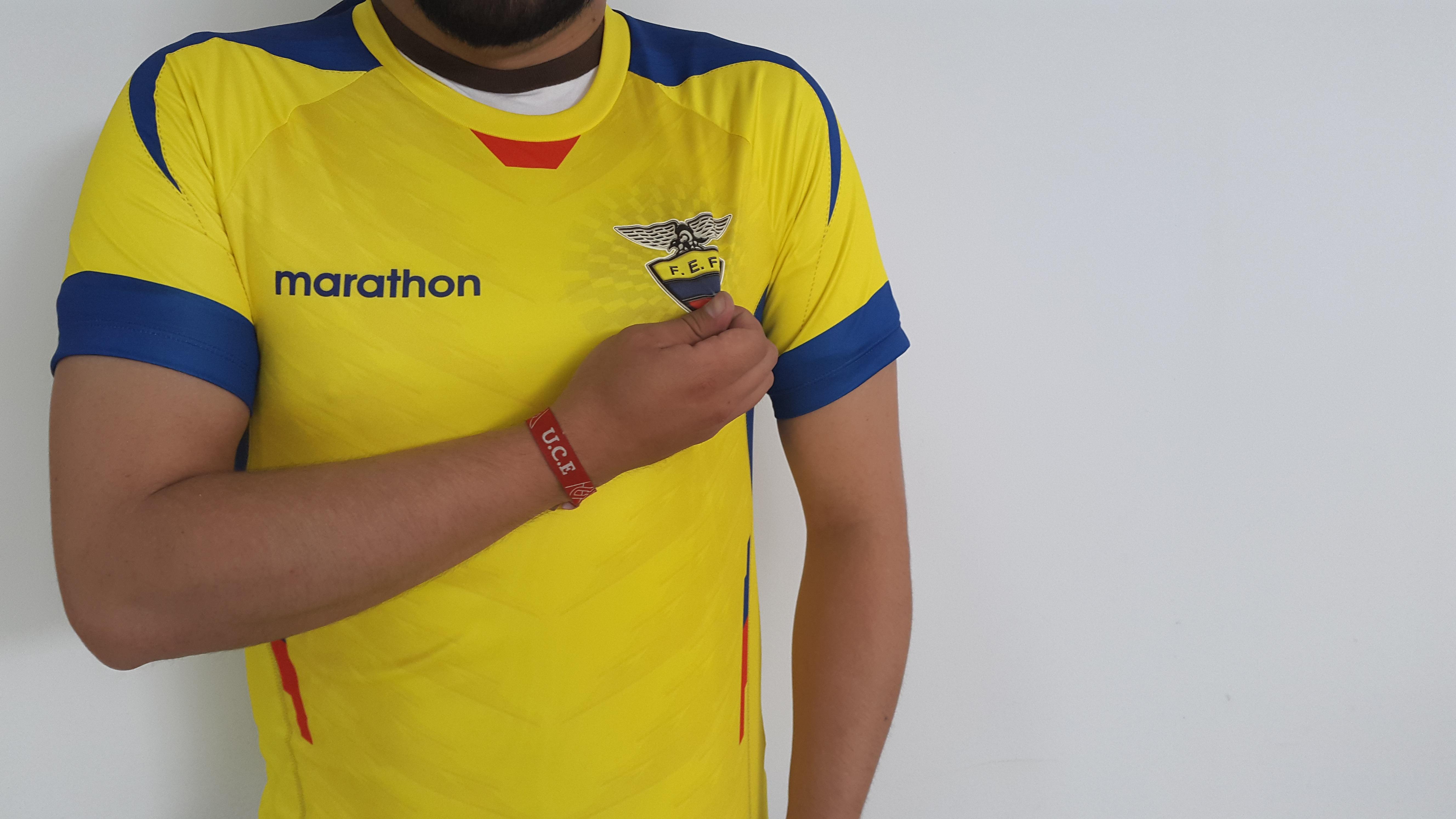 Hình ảnh Môn Thể Thao Quần áo Màu Vàng Bóng đá Cánh