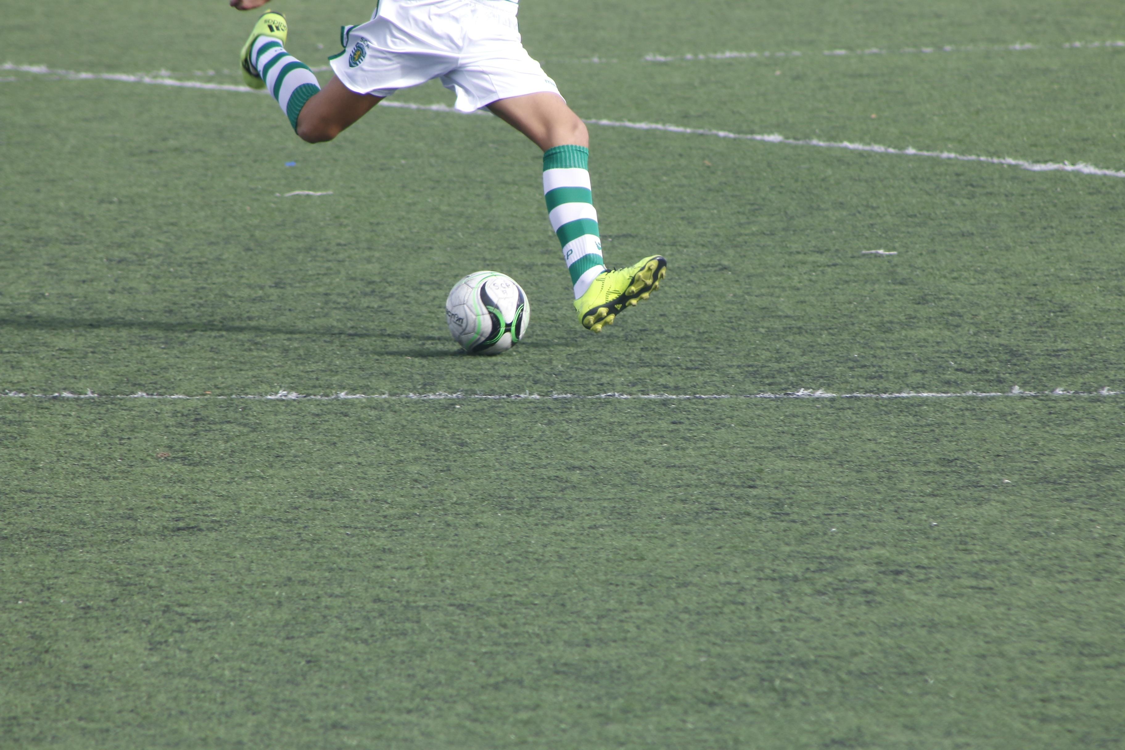 Kostenlose Foto Sport Feld Rasen Spiel Boot Fussball