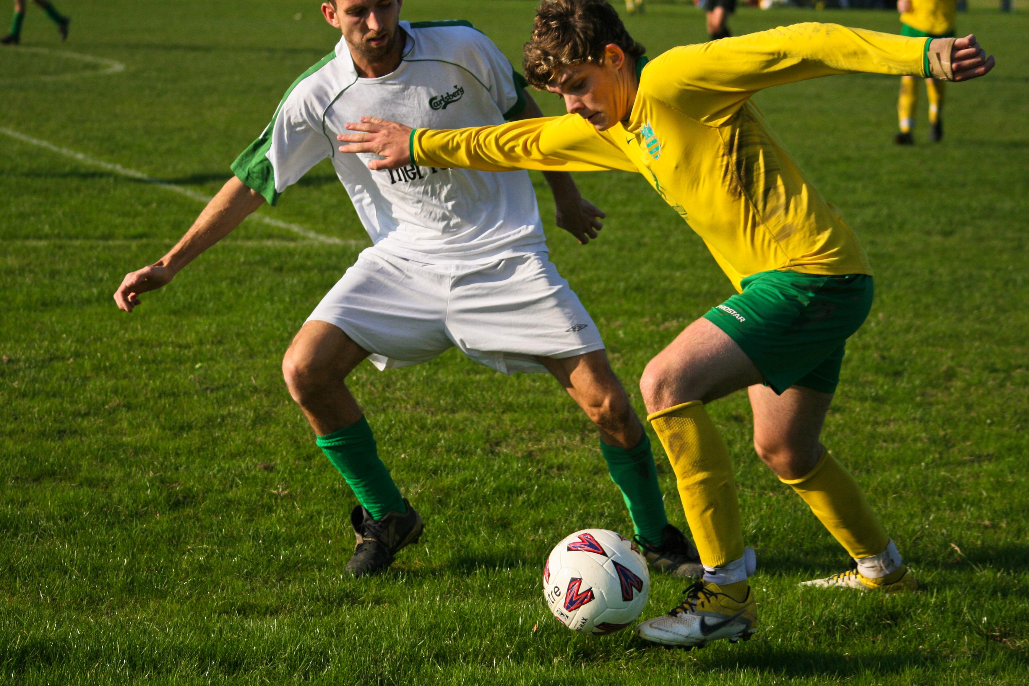 Картинки с футбольным мячом и с футболистами