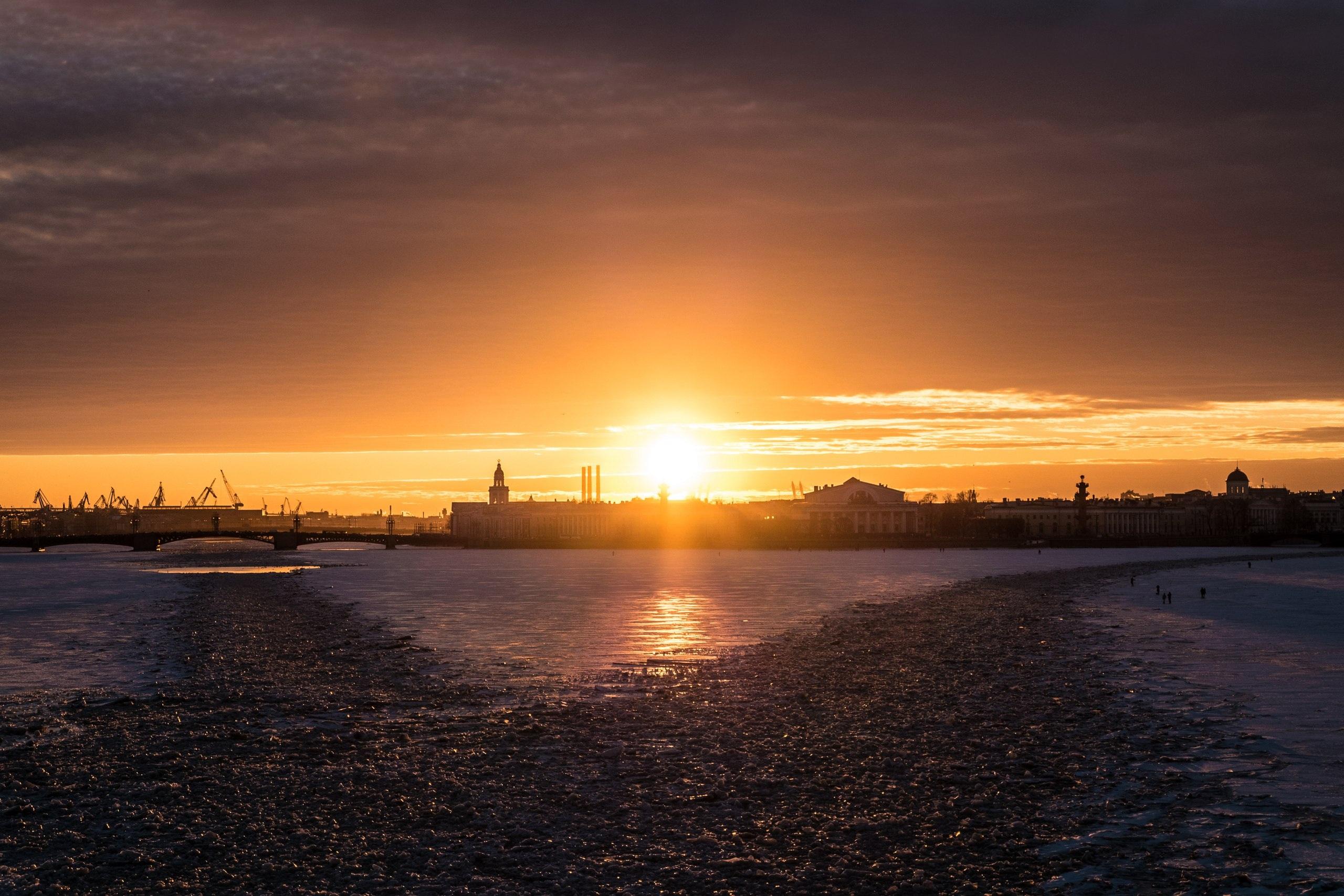 фото закат солнца в питере