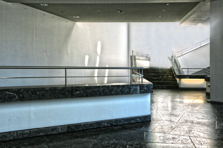 Immagini belle le scale museo berlino interior design