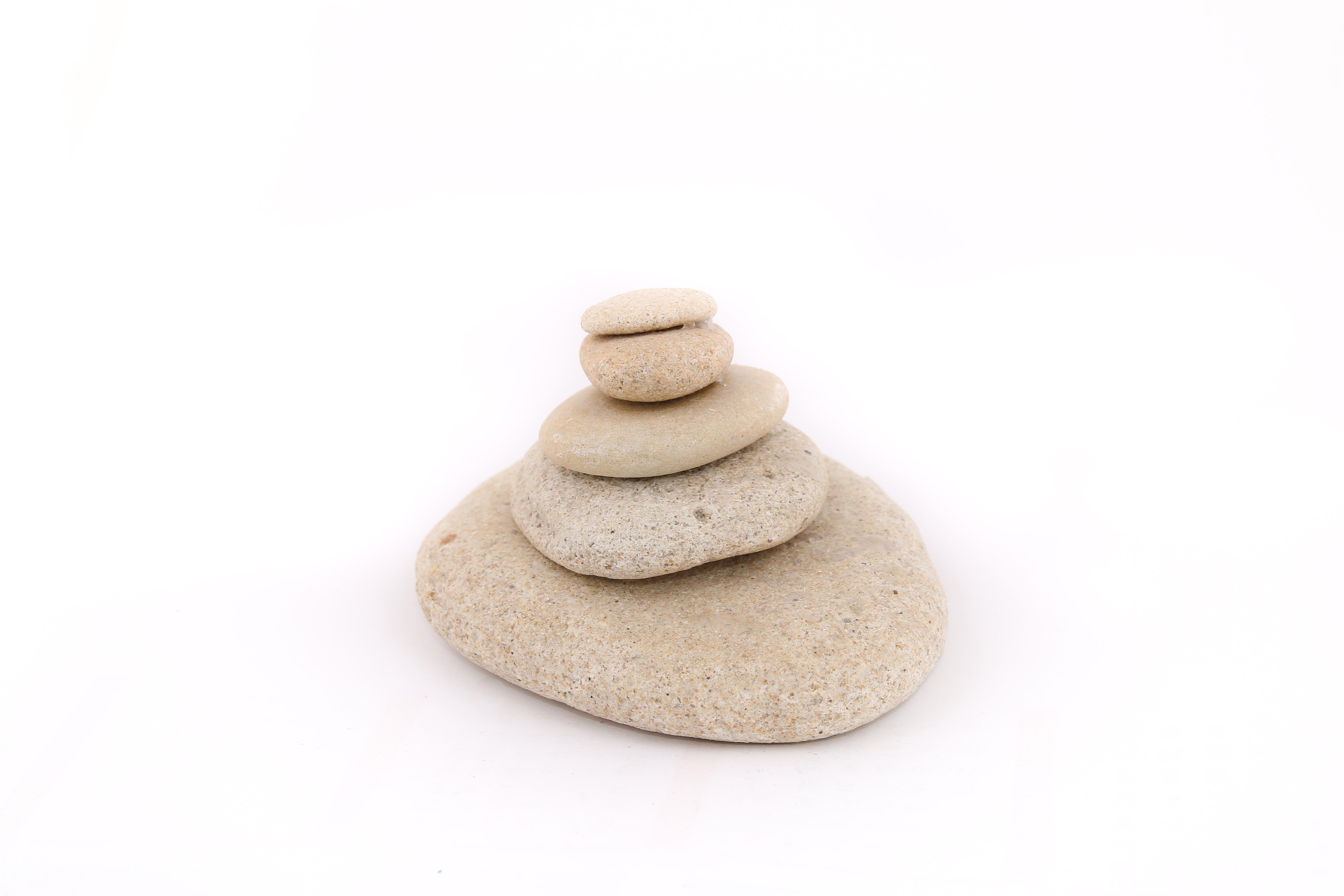 Fotos gratis piedra cer mico apilar juguete material for Fotos piedras zen