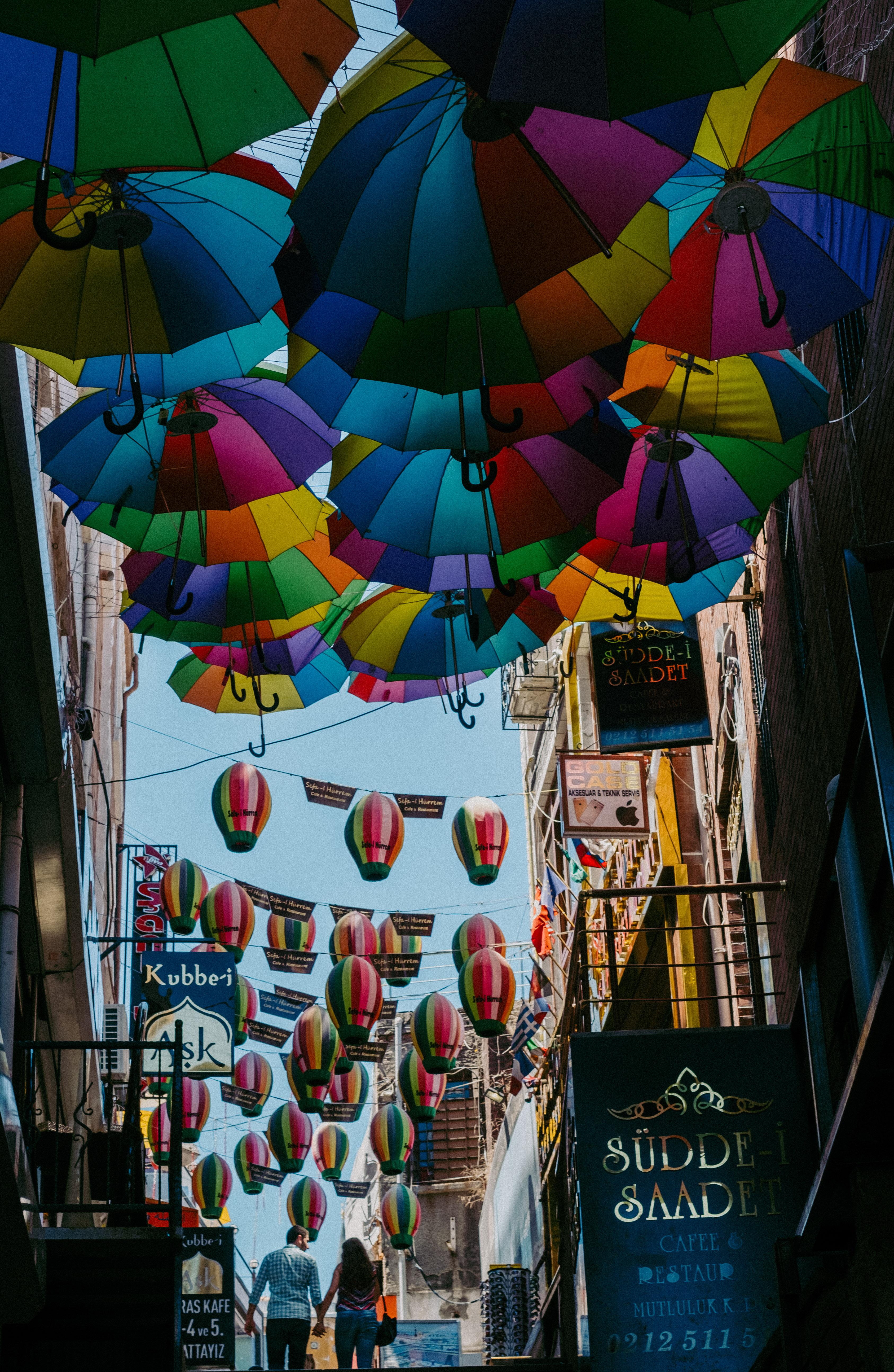 Kostenlose foto : Straße, Liebe, Regenschirm, bunt, Farbe, Rahmen ...