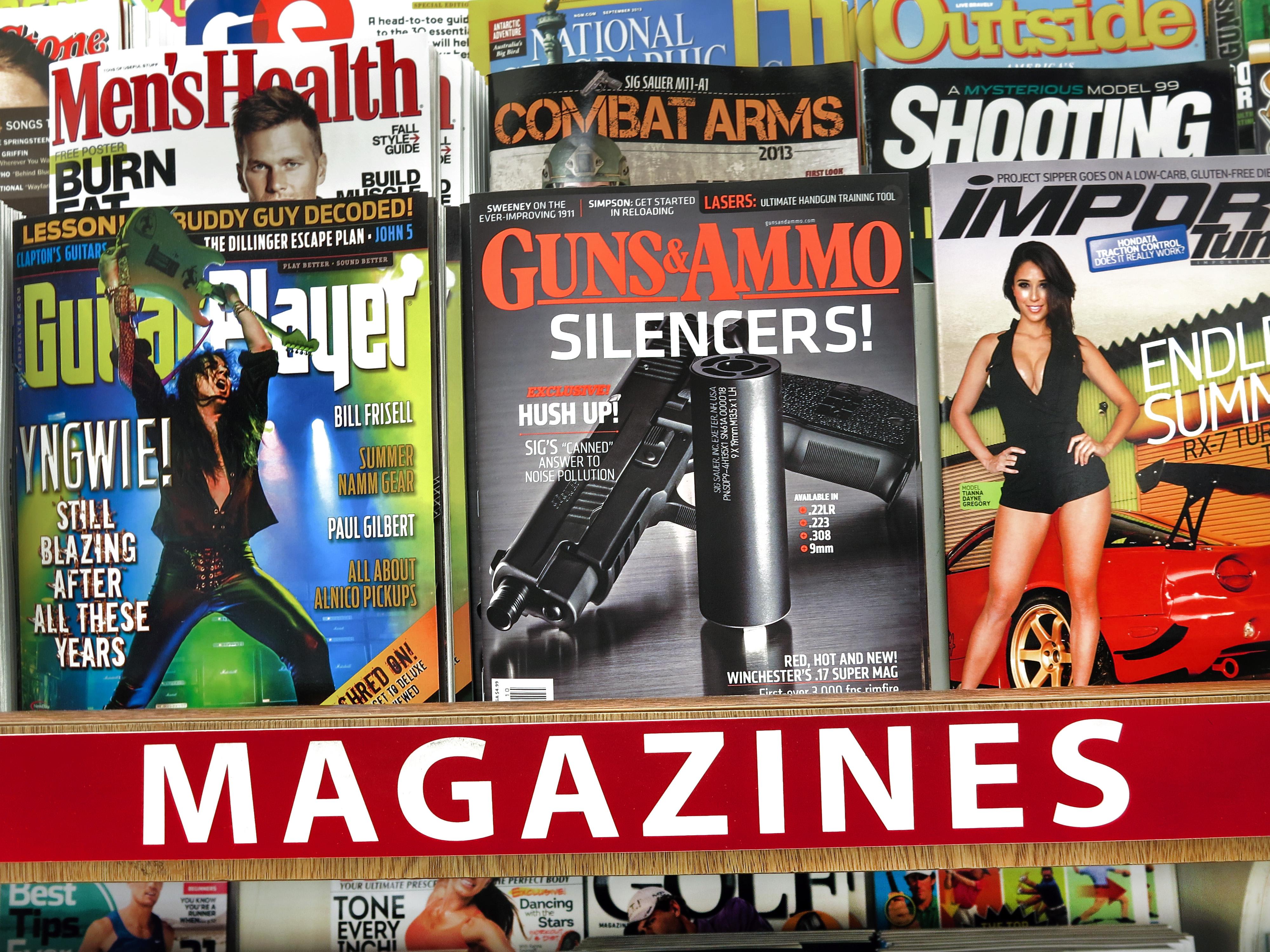 Gambar Struktur Iklan Majalah Spanduk Media Berita