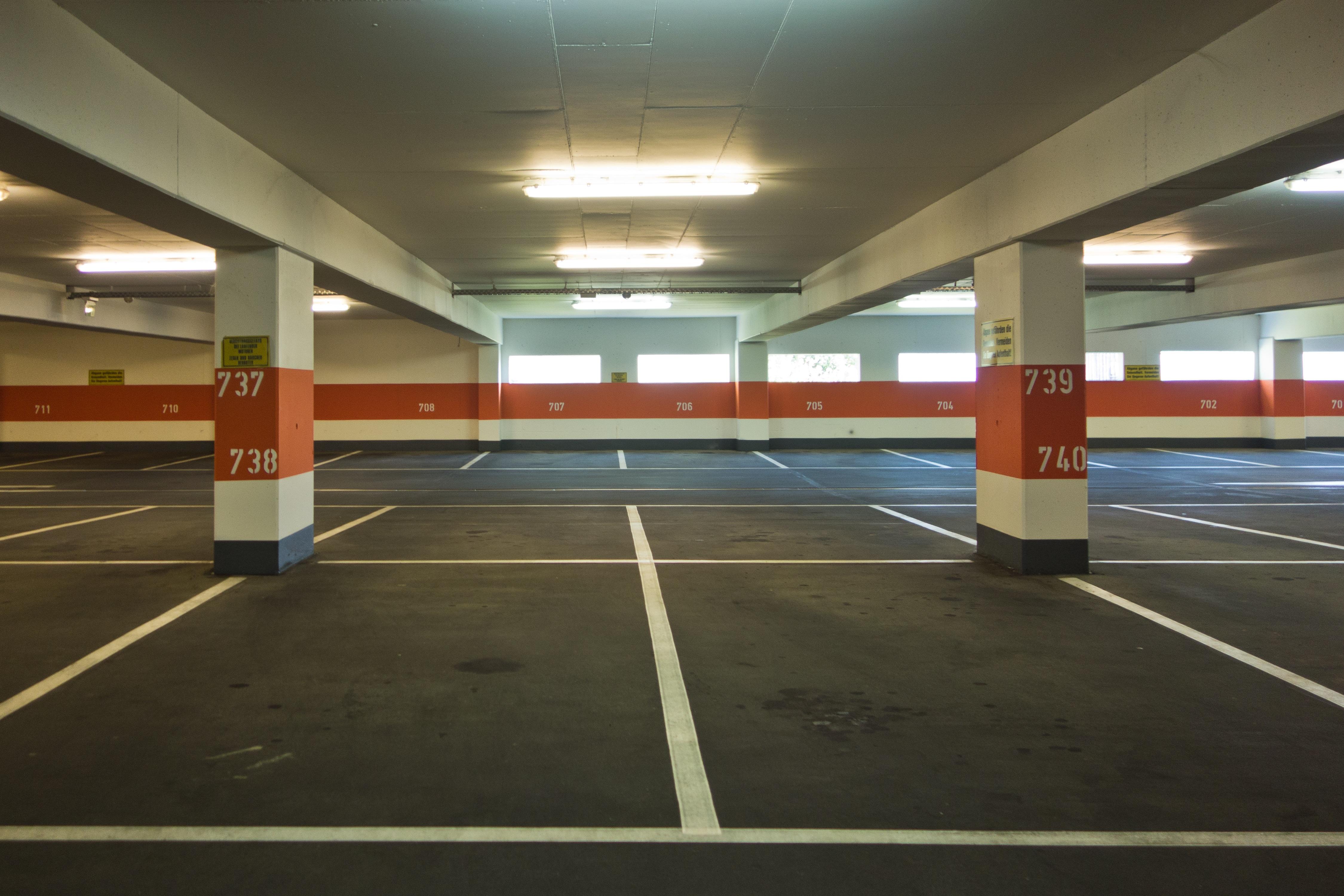 Gambar struktur jumlah kereta bawah tanah kosong for Flying spaces schweiz