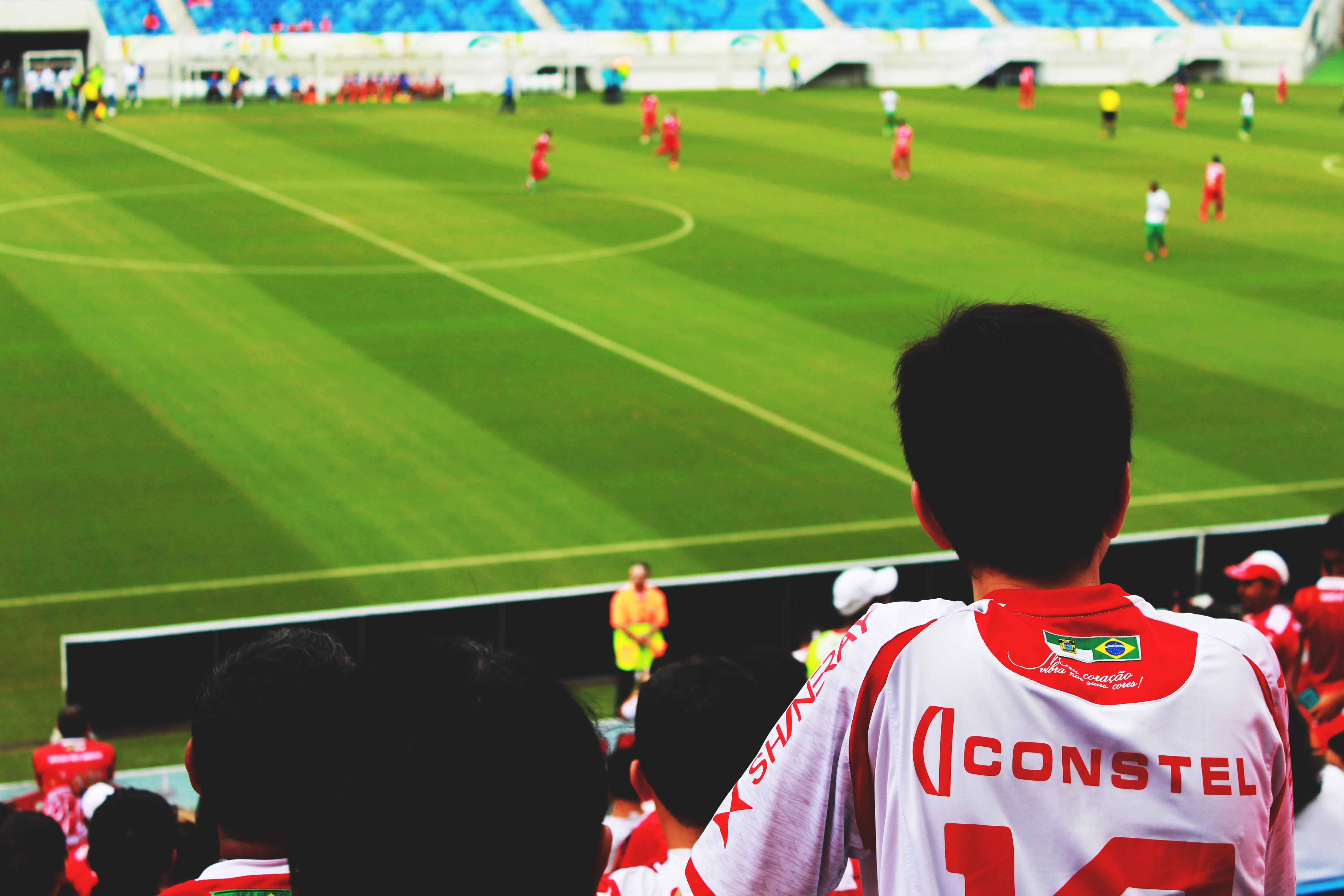Kostenlose foto : Struktur, Menschen, Sport, Feld, Spiel, Menge ...