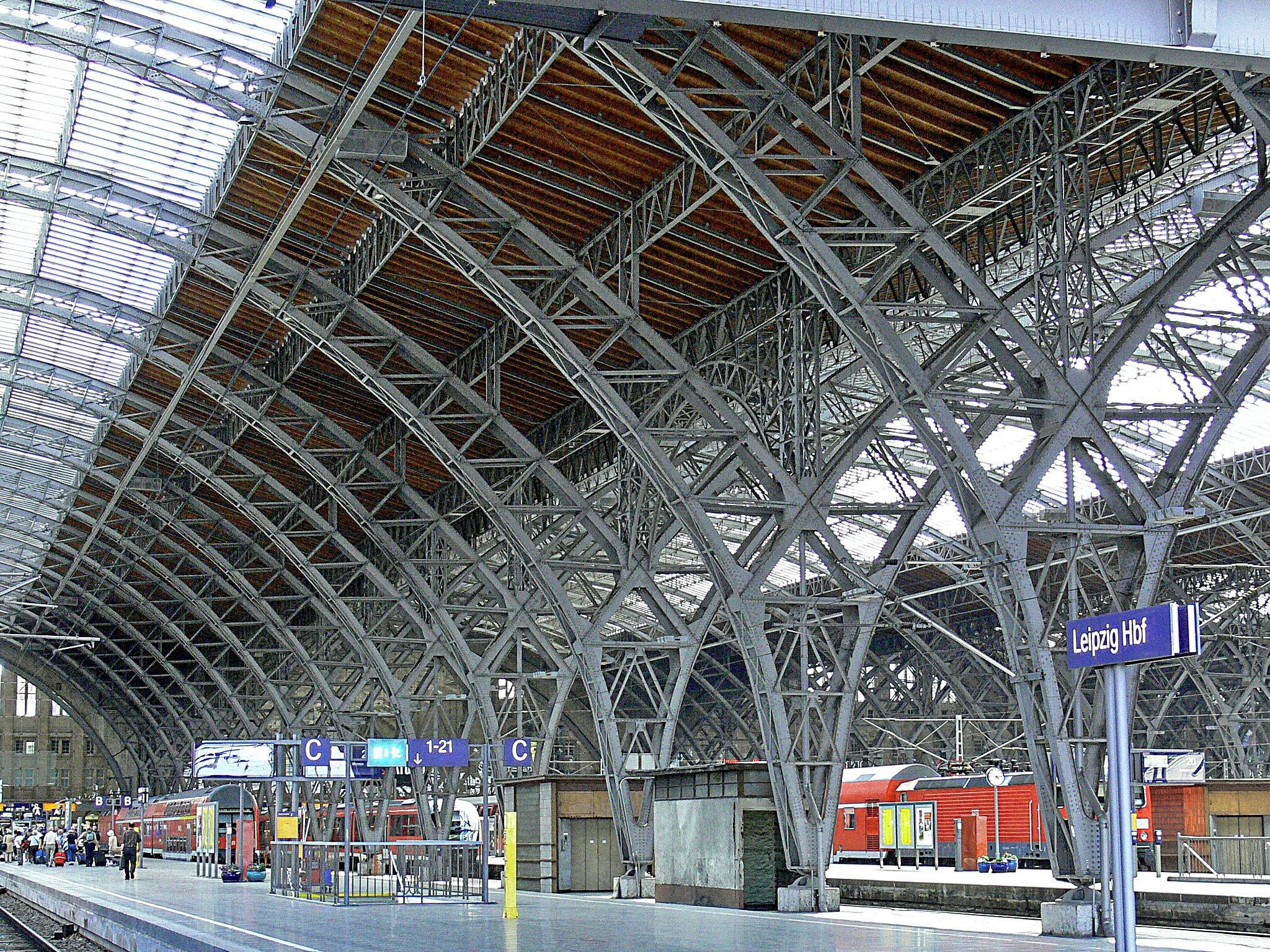 Fotos gratis tecnologa edificio estacin de tren plataforma