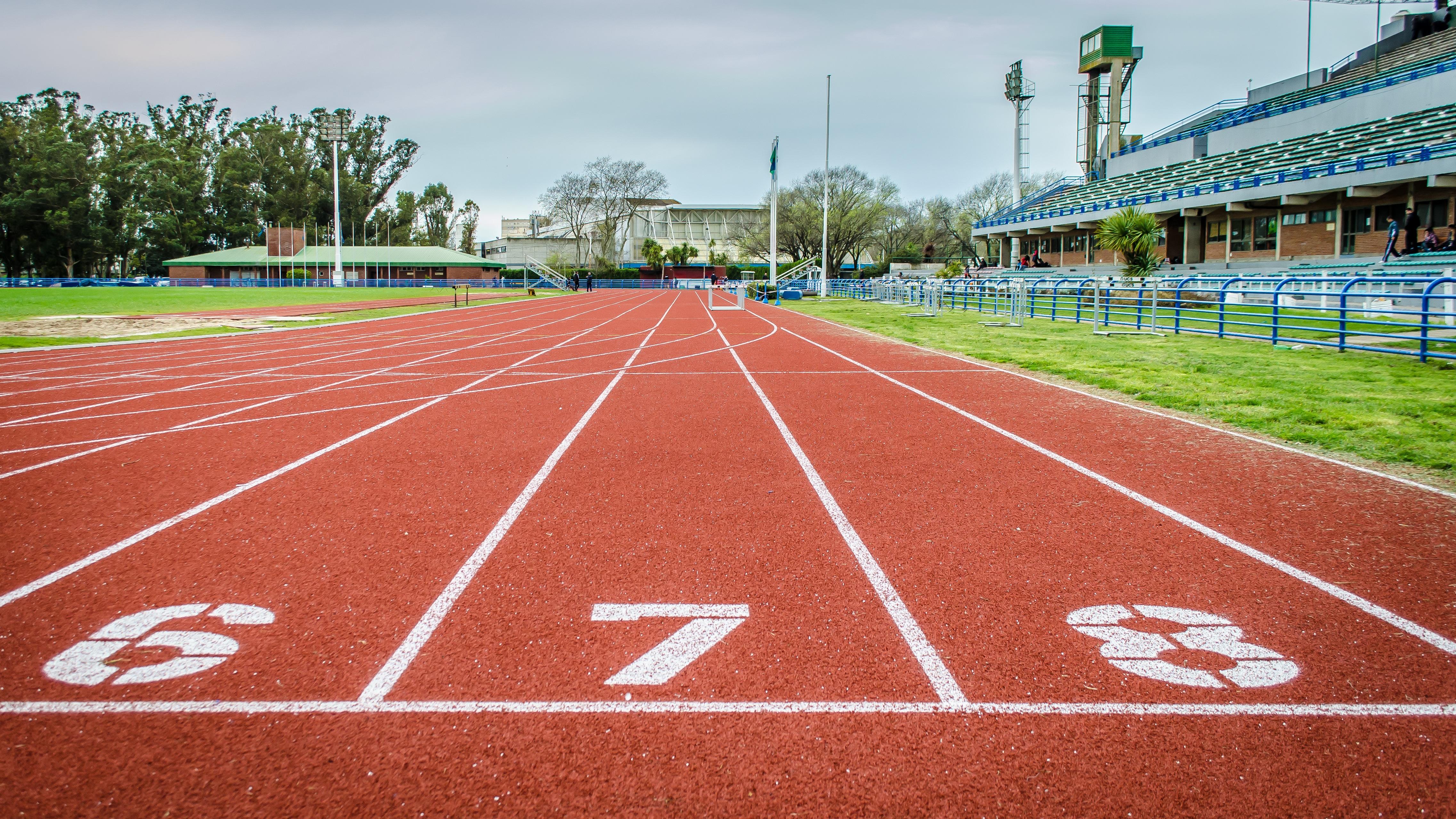 Fotos gratis estructura pista carril estadio campo for Puerta 20 estadio racing