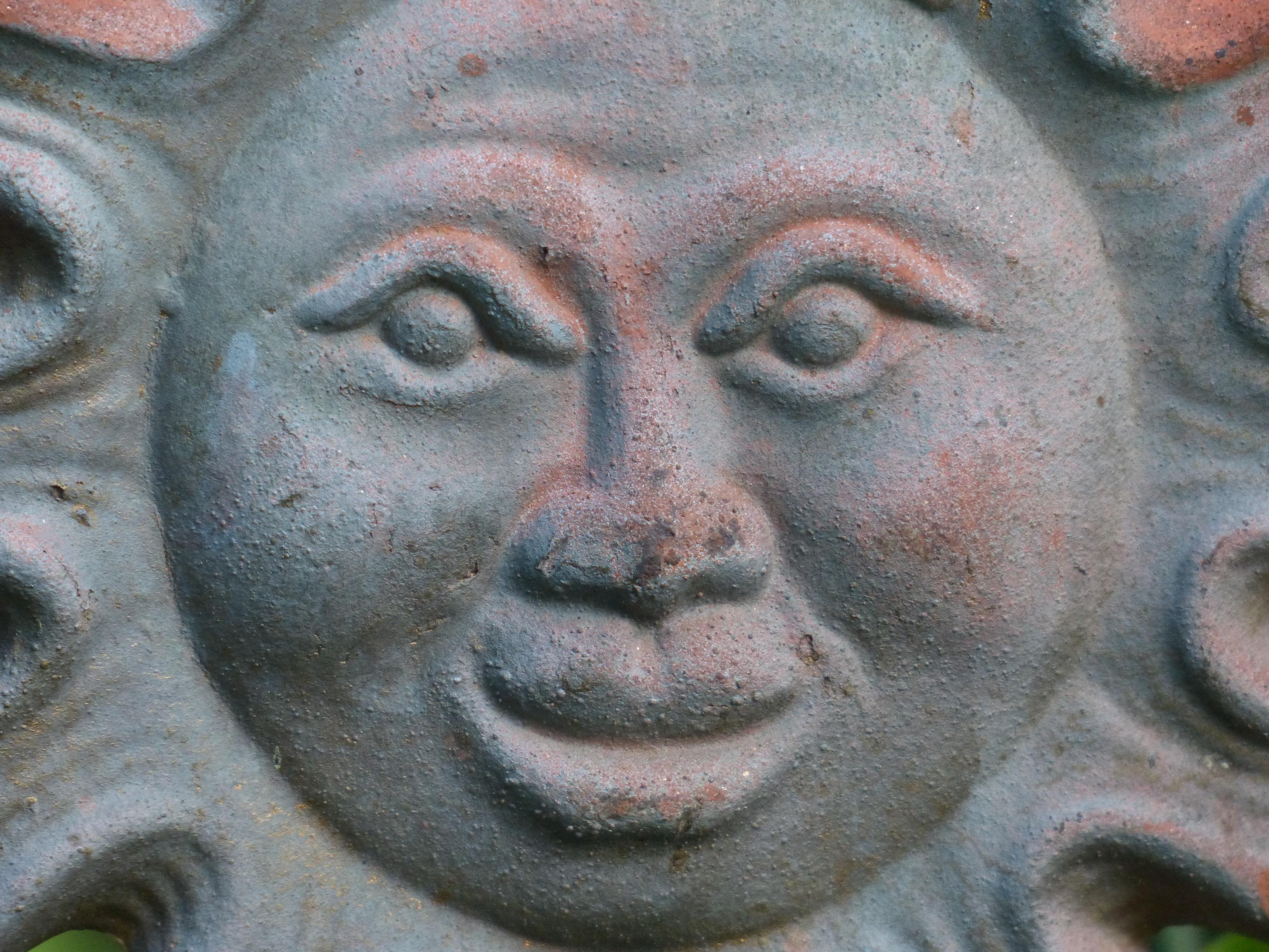 Images Gratuites : Soleil, monument, statue, décoration, céramique ...
