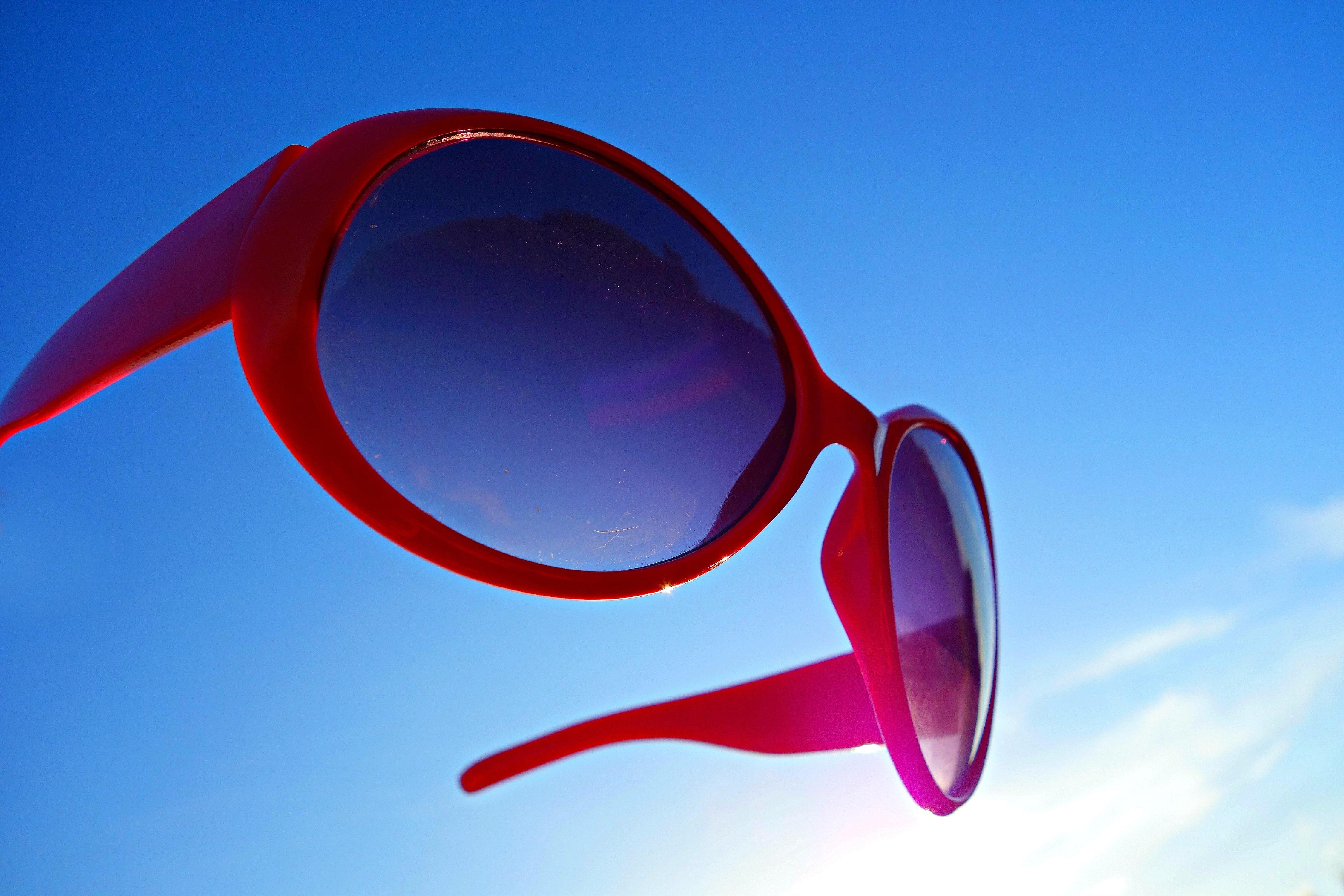nap piros divat kék kör ábra napszemüveg szemüveg szemüveg védelem elegáns  szemüvegnek uV szűrő divatos kiegészítő c91623d714