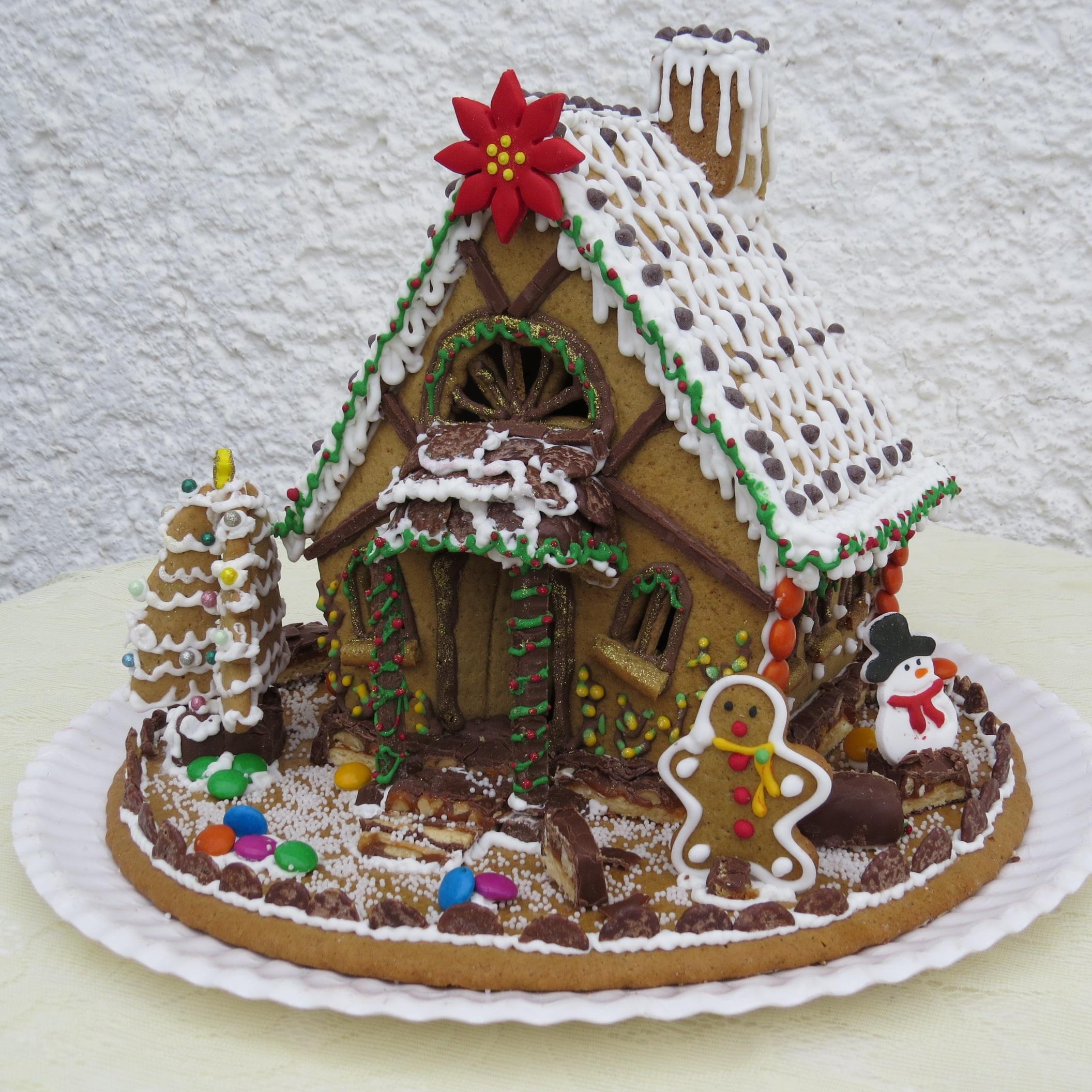 Life Size Christmas Tree Cake
