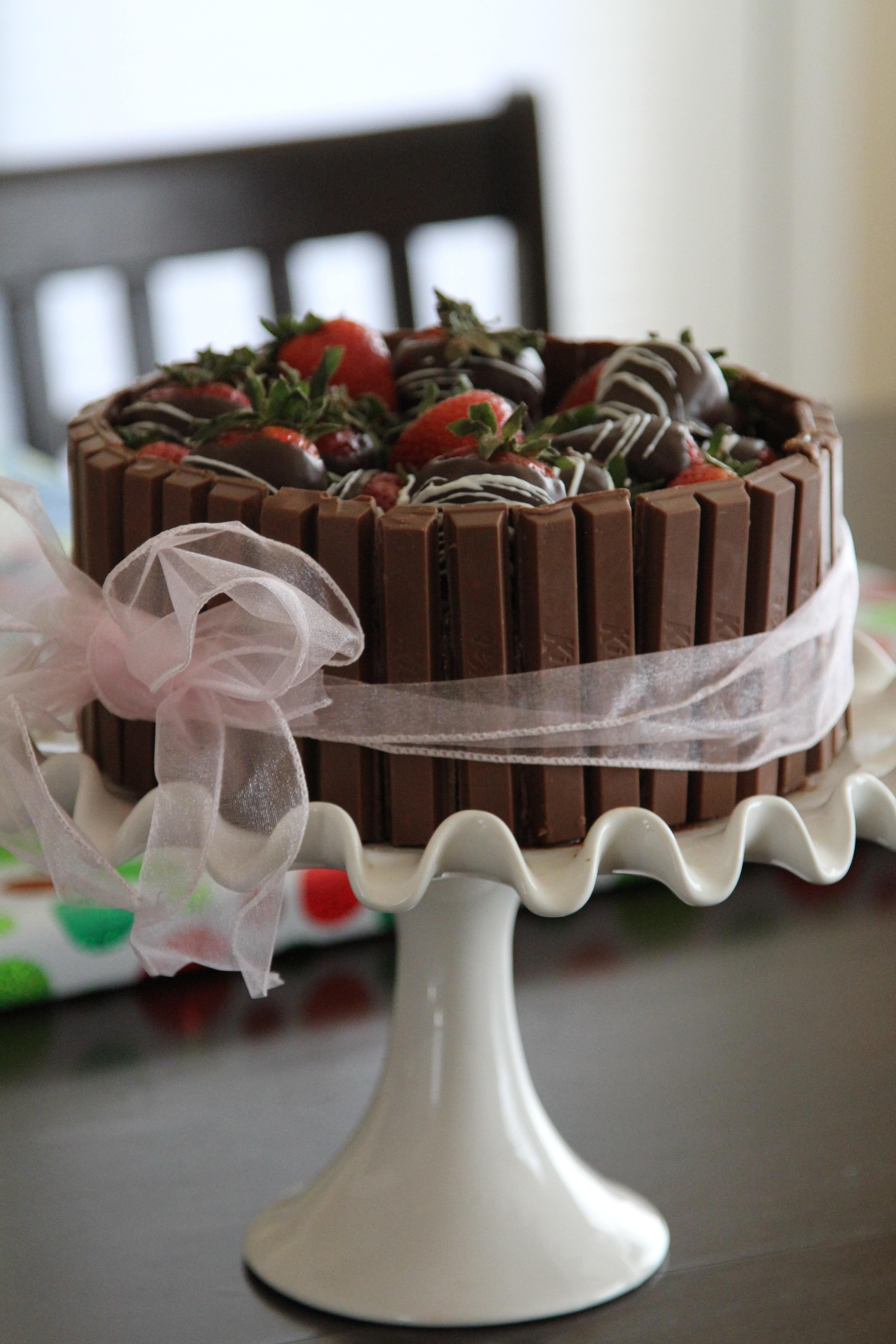 dulce celebracion comida chocolate postre boda pastel azcar formacin de hielo cumpleaos pastel de boda crema
