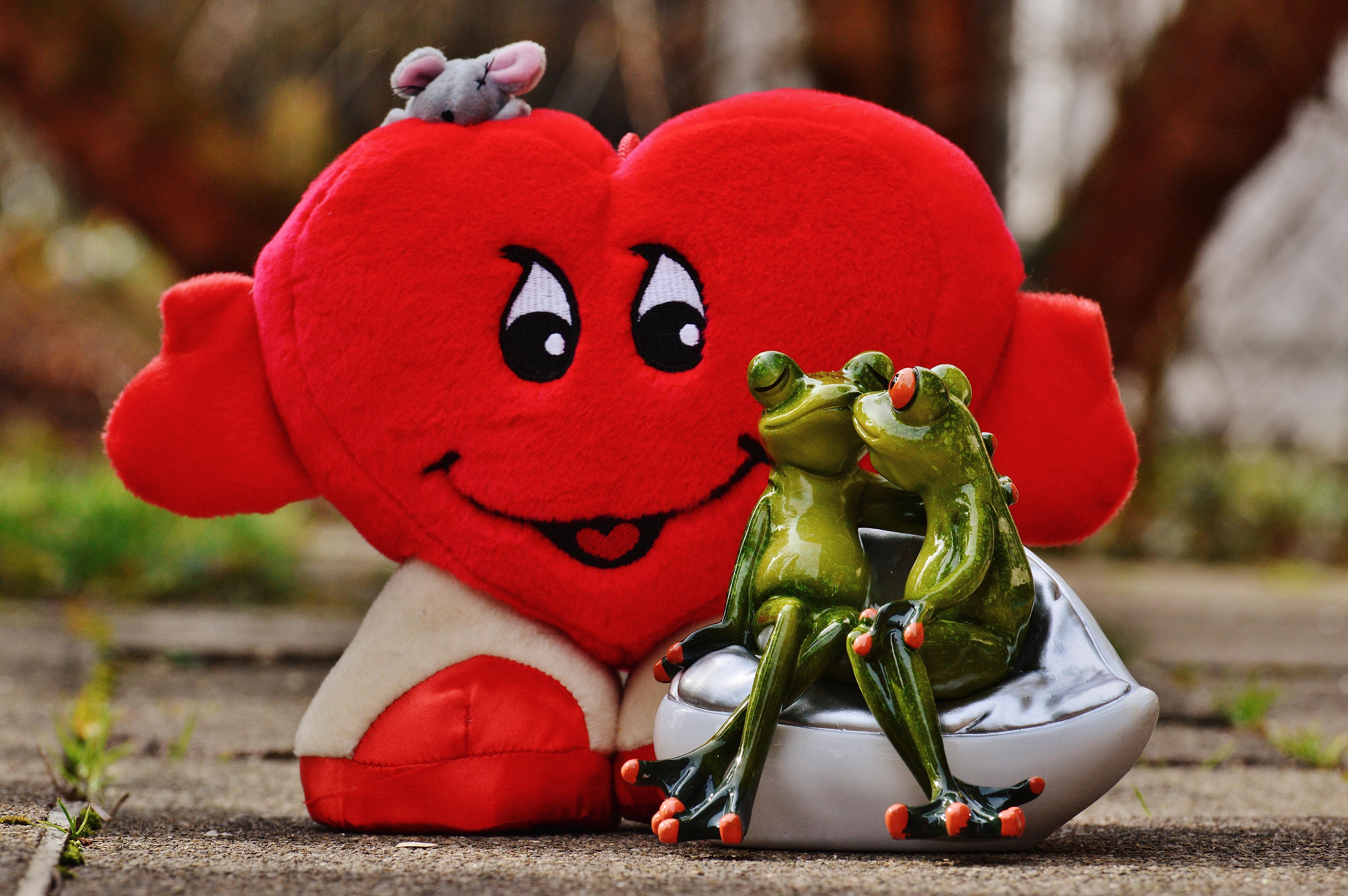 Gambar Manis Bunga Imut Jantung Merah Ciuman