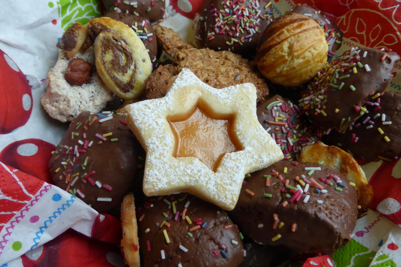 Weihnachtsplätzchen Vom Blech.Kostenlose Foto Süß Star Lebensmittel Produzieren Schokolade