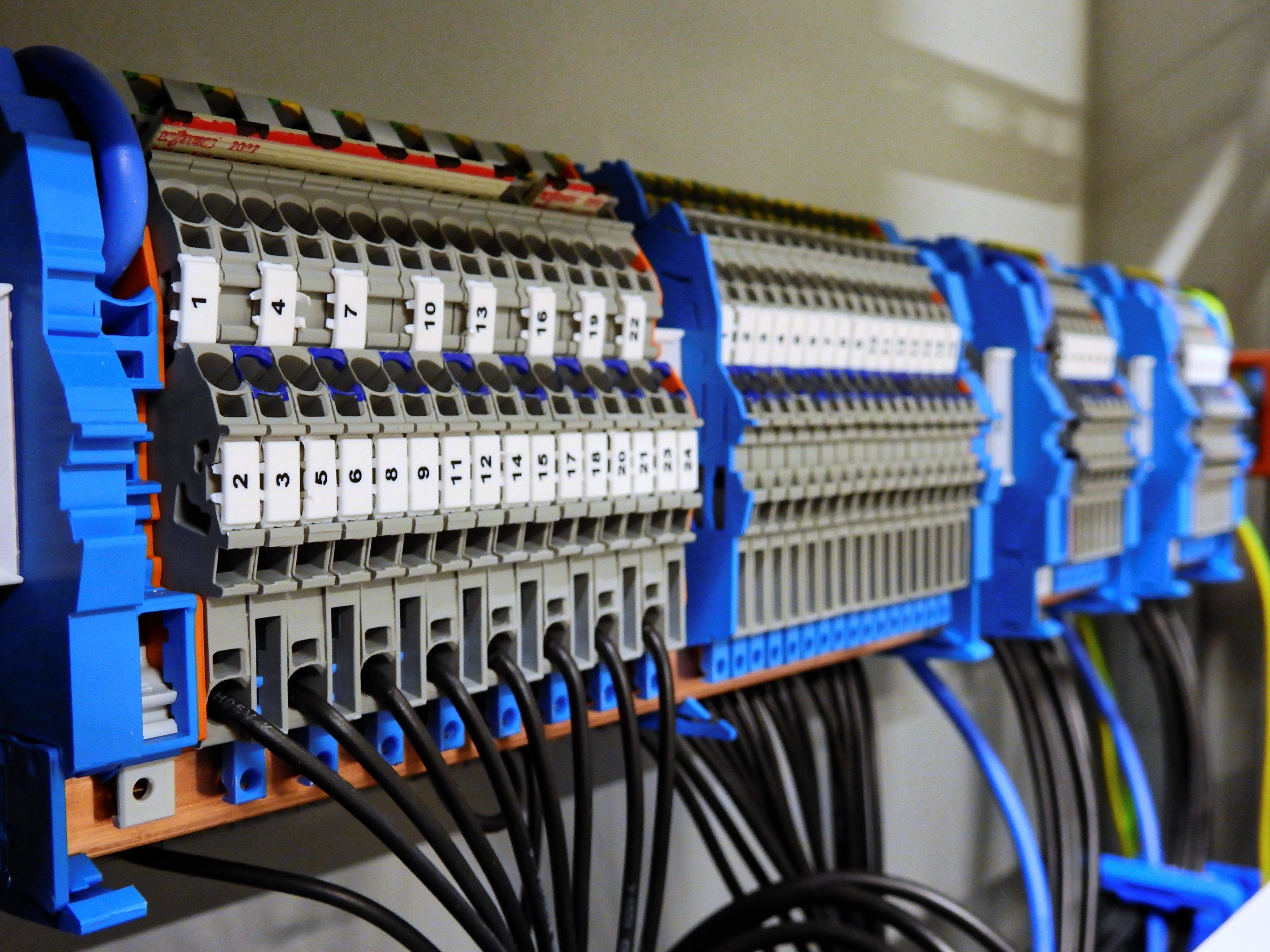 Промышленное электрооборудование картинки