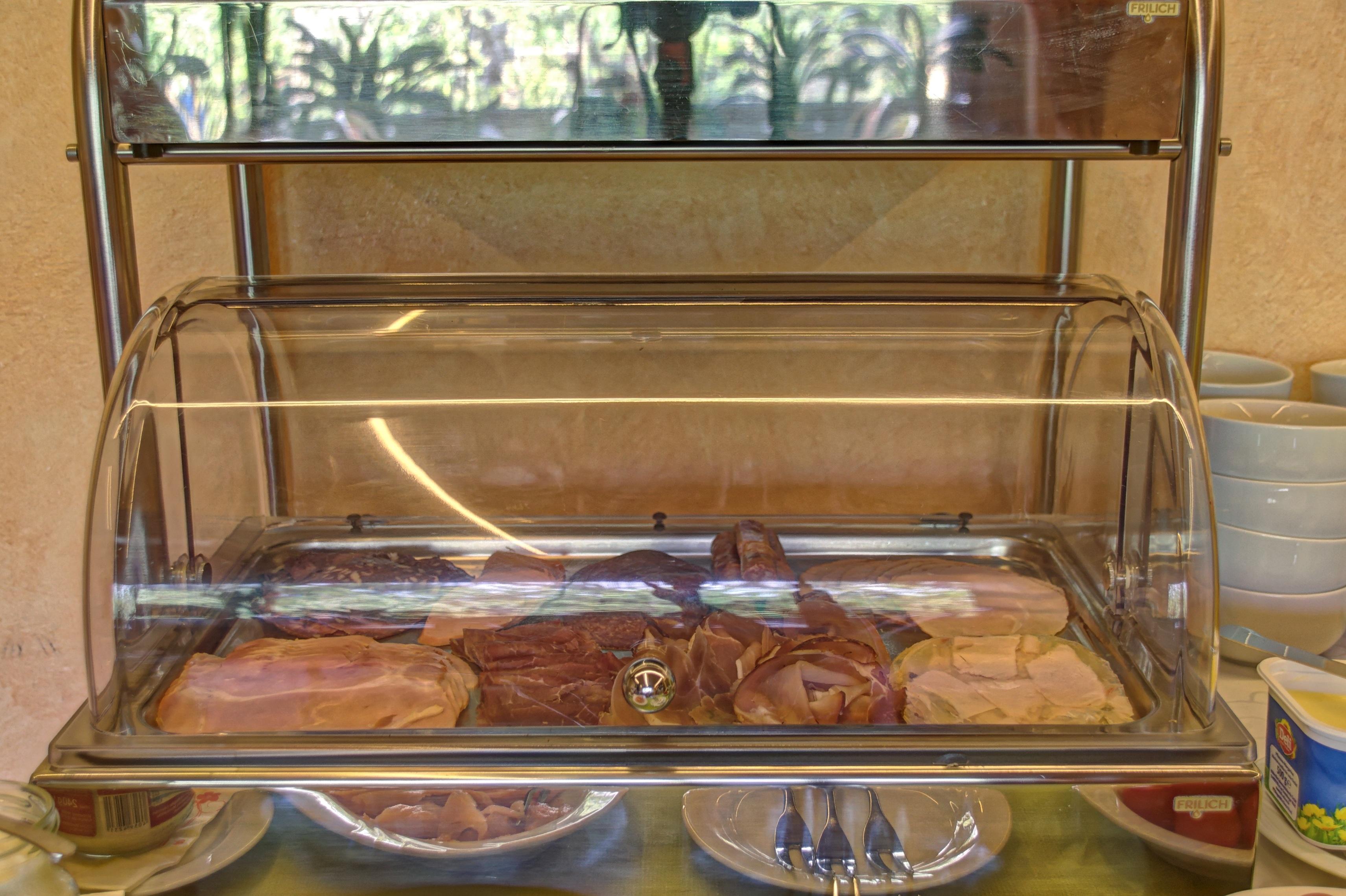 Fotos gratis mesa antiguo comida mueble desayuno for Mueble mesa cocina