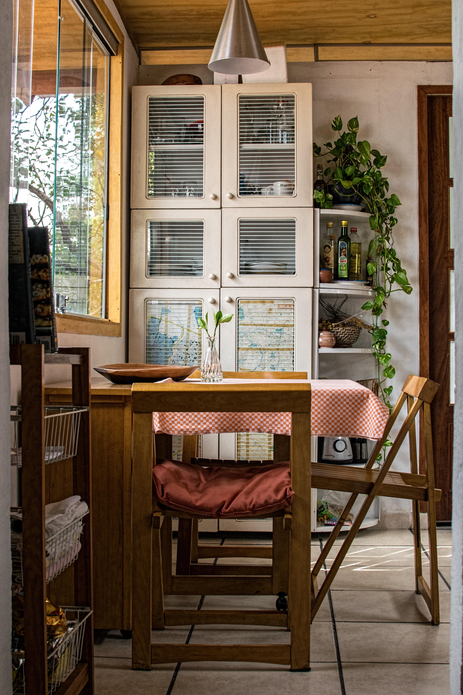 Immagini belle tavolo architettura legna casa for Tavolo per veranda