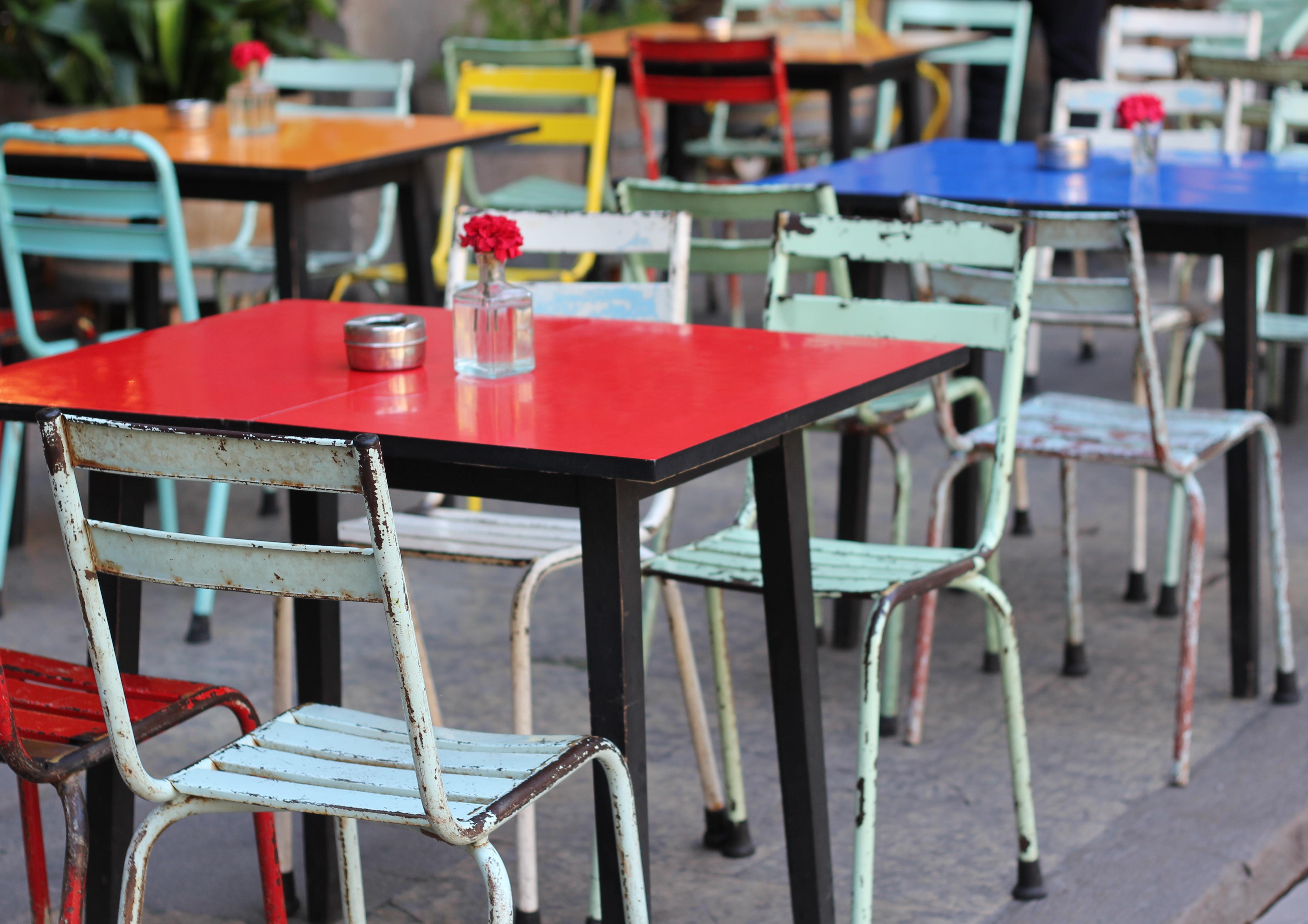 Tabelle Cafe Kaffee Weiß Restaurant Möbel Zimmer Dekor Modern Klassenzimmer  Farbe Stühle Speisen Esstisch