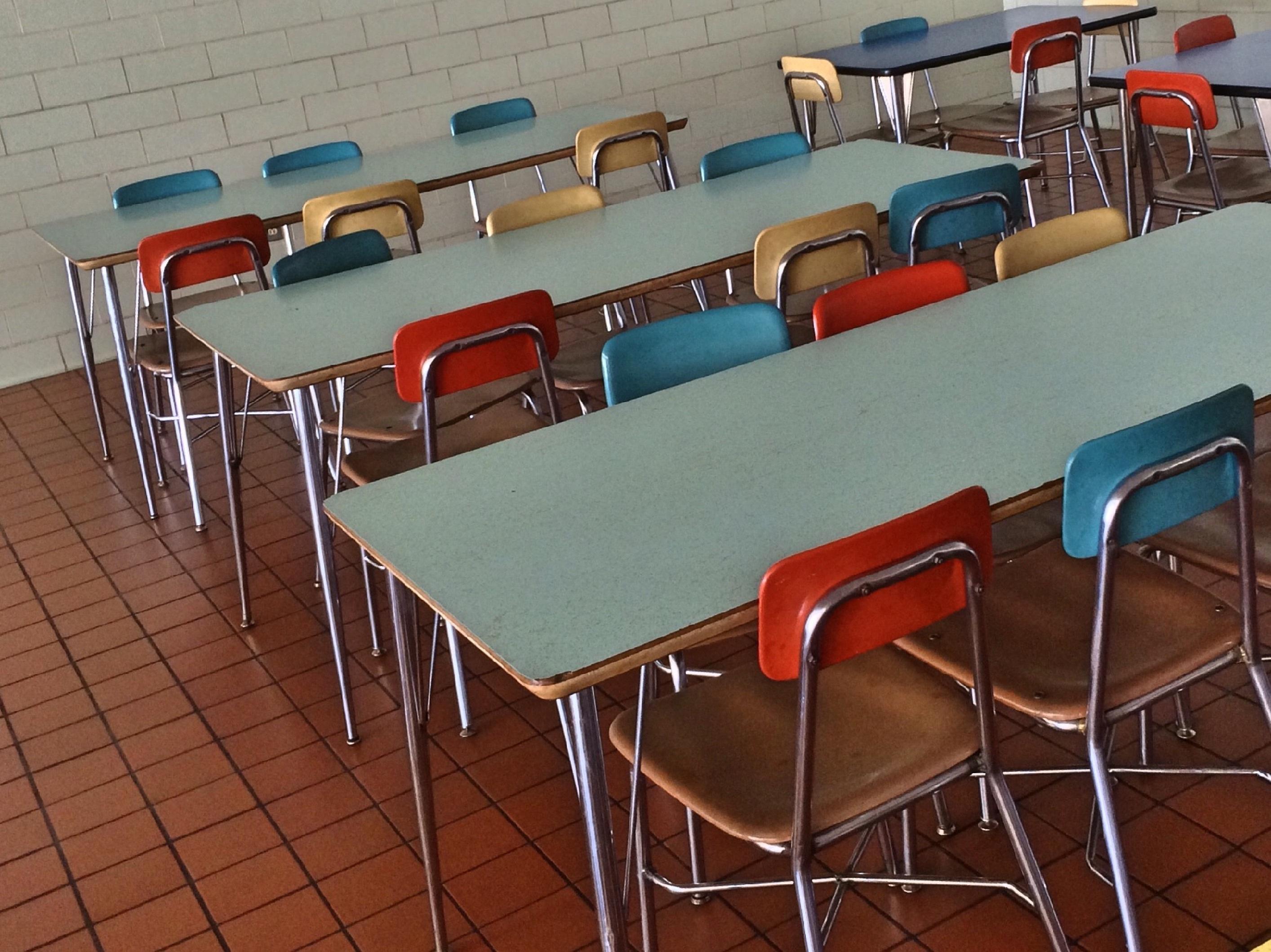 Fotos gratis : mesa, cafetería, restaurante, bar, comida, estudiante ...