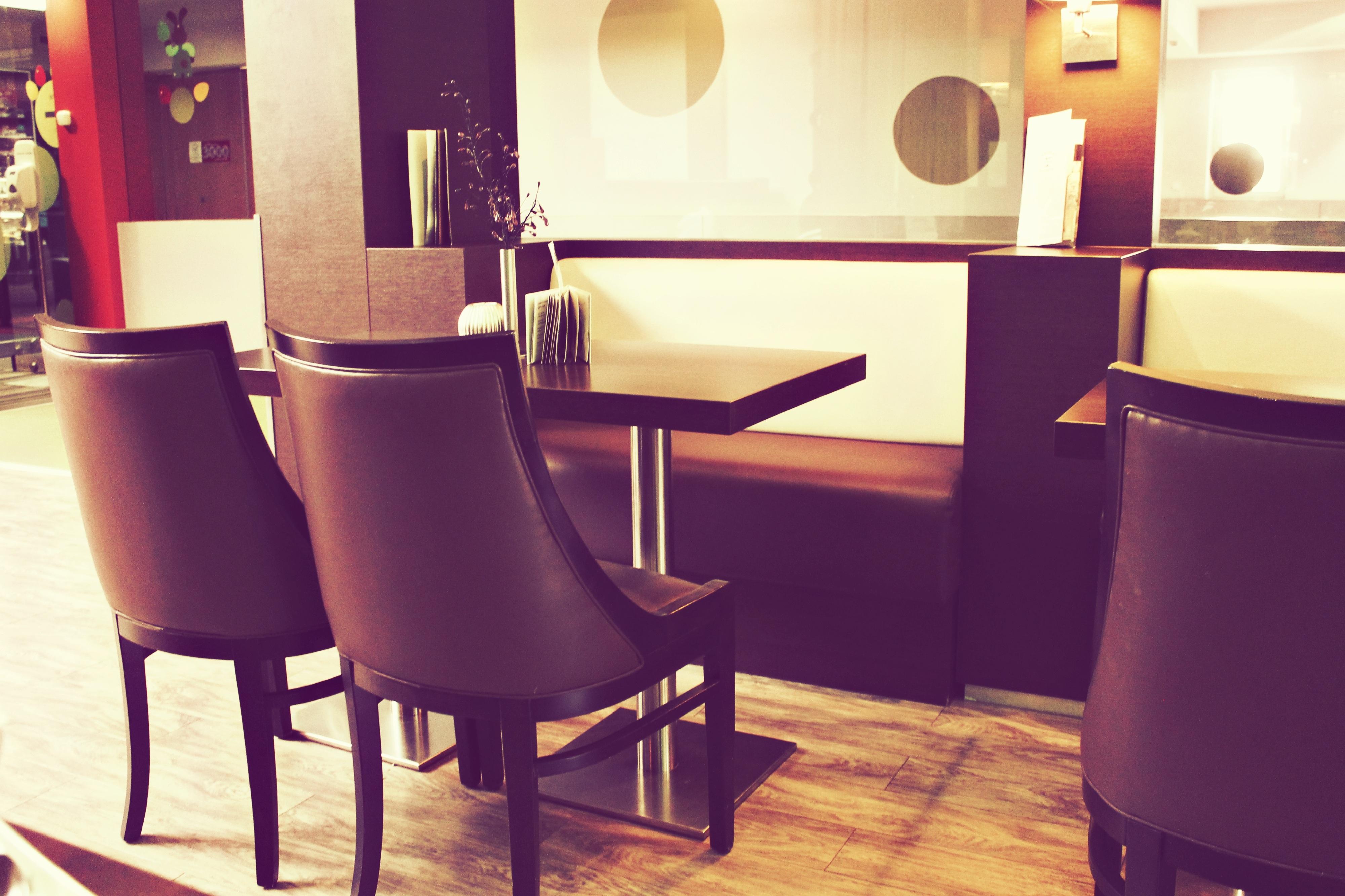 Gambar Meja Kafe Vintage Kursi Restoran Peralatan Warna