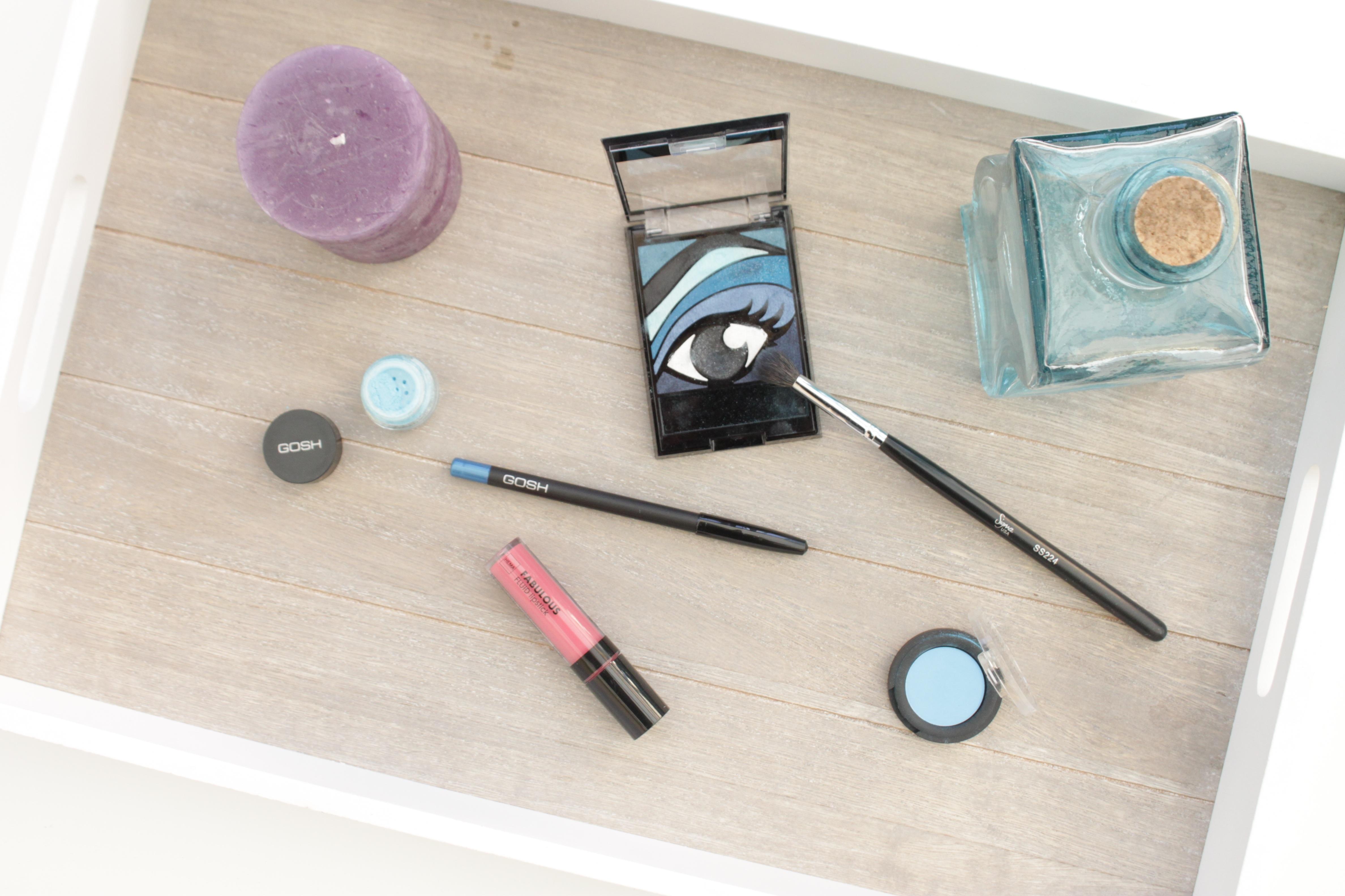 Kostenlose foto : Tabelle, Pflege, blau, Produkt, Kerzen, Auge ...