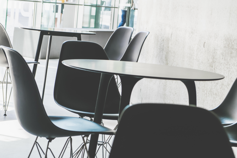 Fotos gratis : mesa, silla, mueble, habitación, diseño de interiores ...