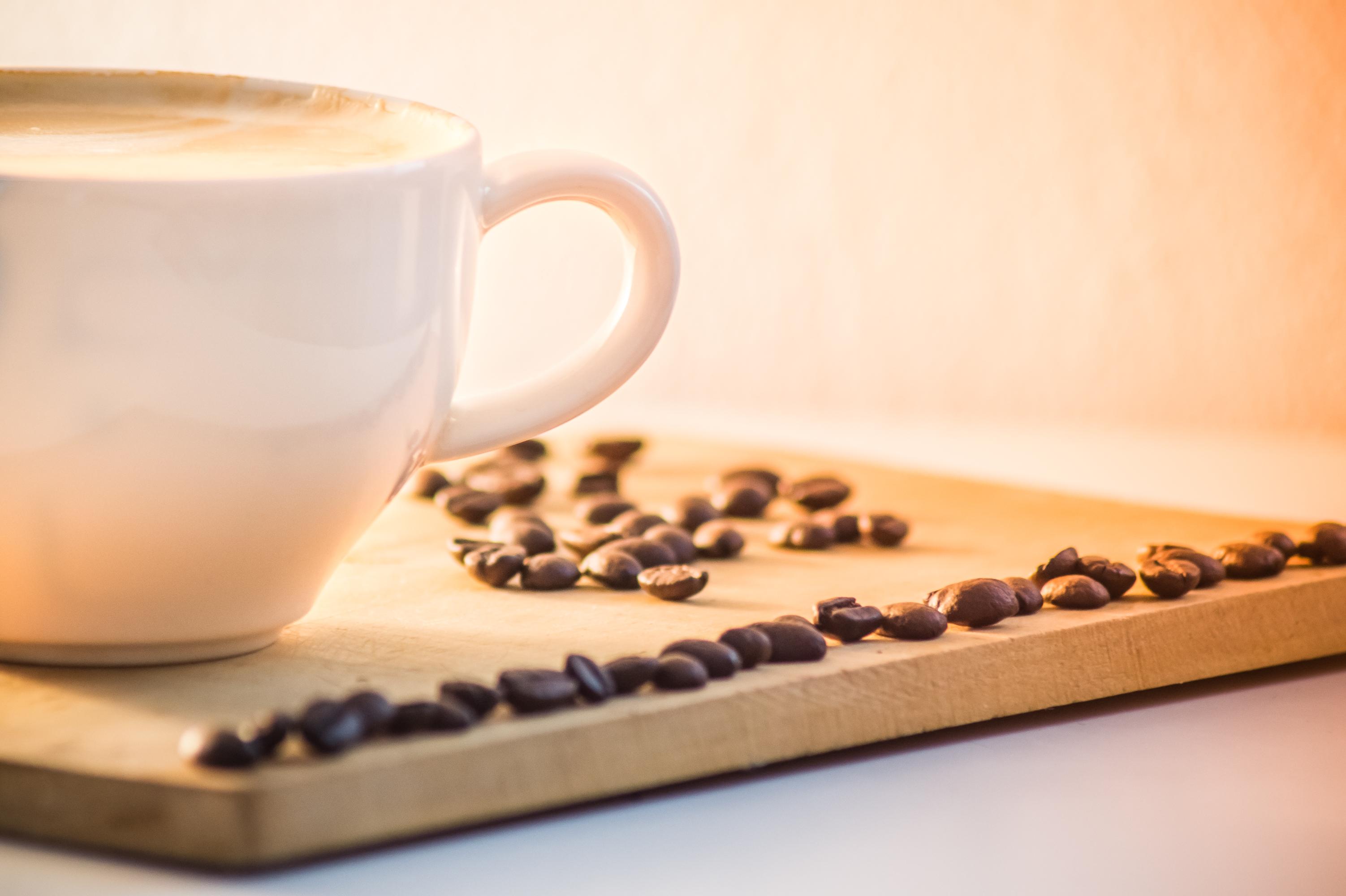 Kostenlose Foto : Tabelle, Kaffee, Holz, Dunkel, Tasse