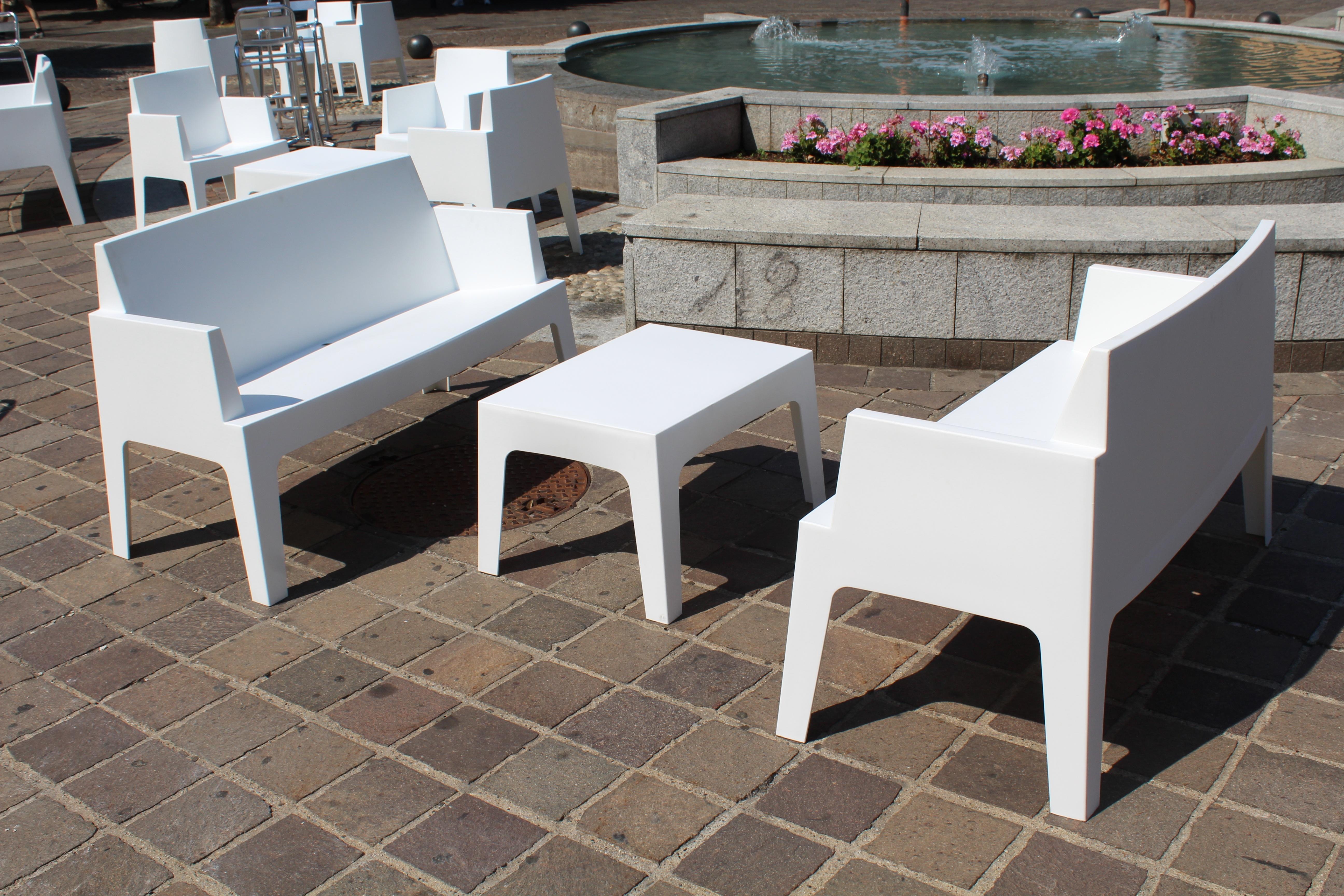 Bildet : bord, kaffe, tre, gulv, Bar, parkere, møbler, rom ...
