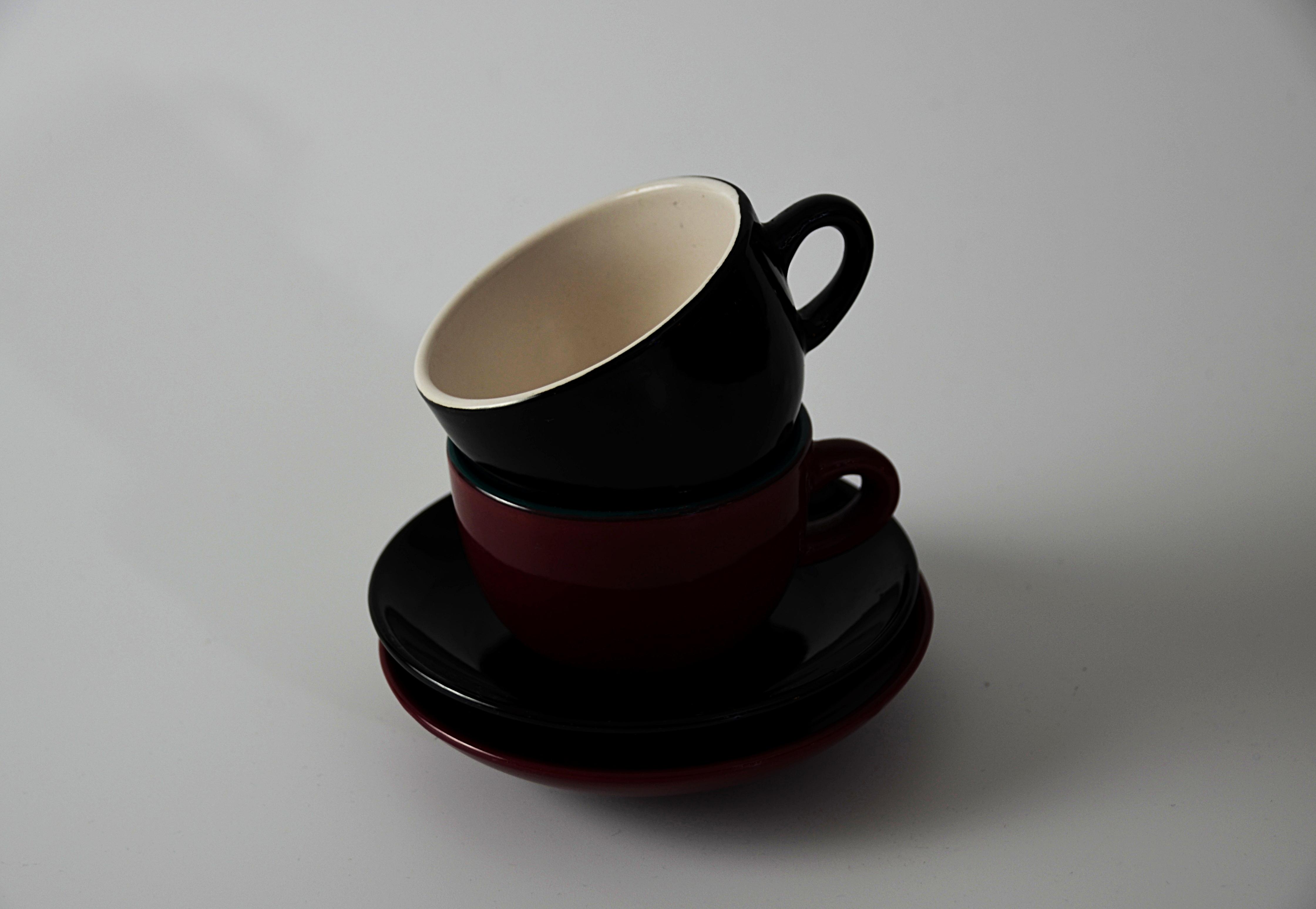 รูปภาพ ตาราง สีแดง เซรามิค ดำ เอสเพรสโซ ถ้วยกาแฟ