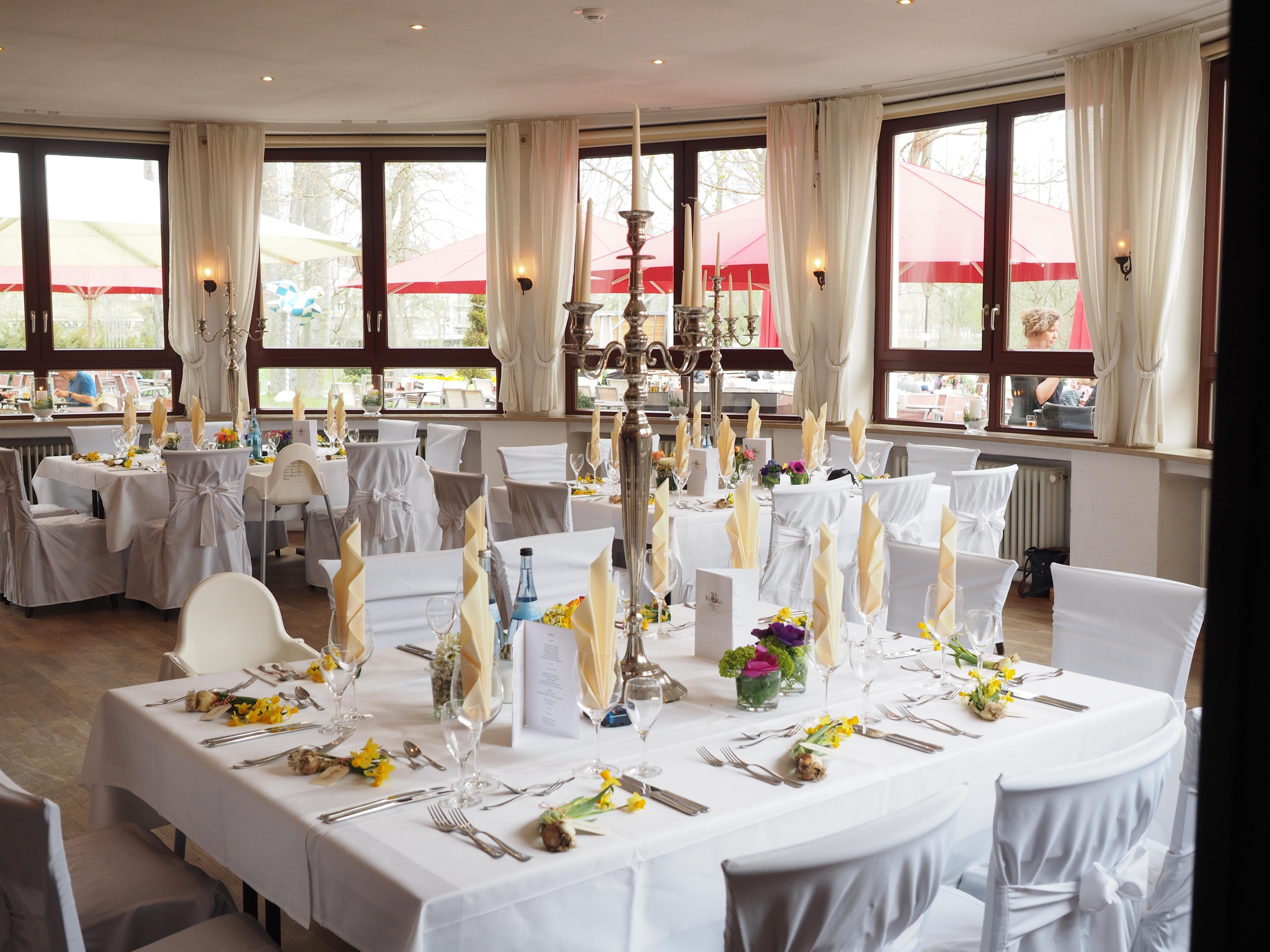 Images gratuites table coutellerie planche restaurant
