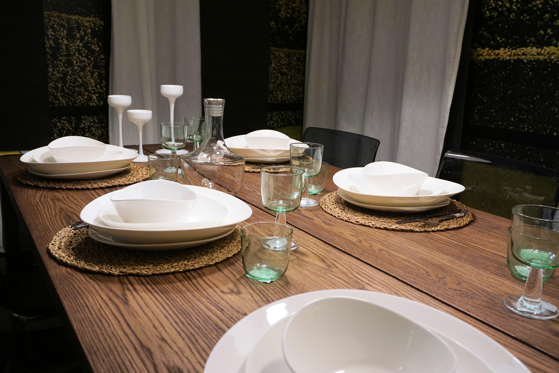 Tabelle Besteck Tafel Restaurant Zuhause Feier Mahlzeit Teller Wohnzimmer  Möbel Zimmer Essen Geschirr Innenarchitektur Festival Abendessen