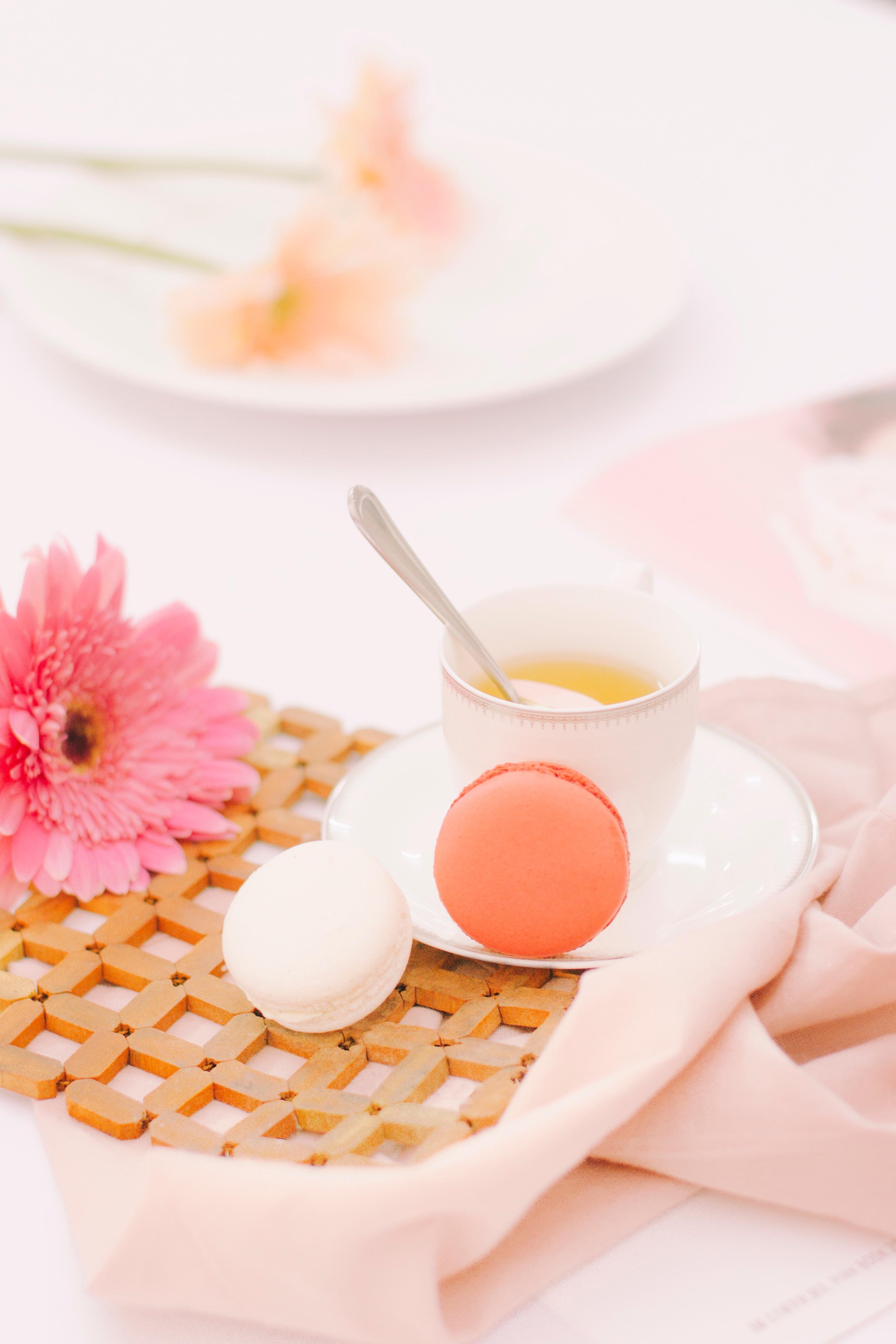 Kostenlose foto : Tabelle, Blume, Blütenblatt, Gericht, Mahlzeit ...