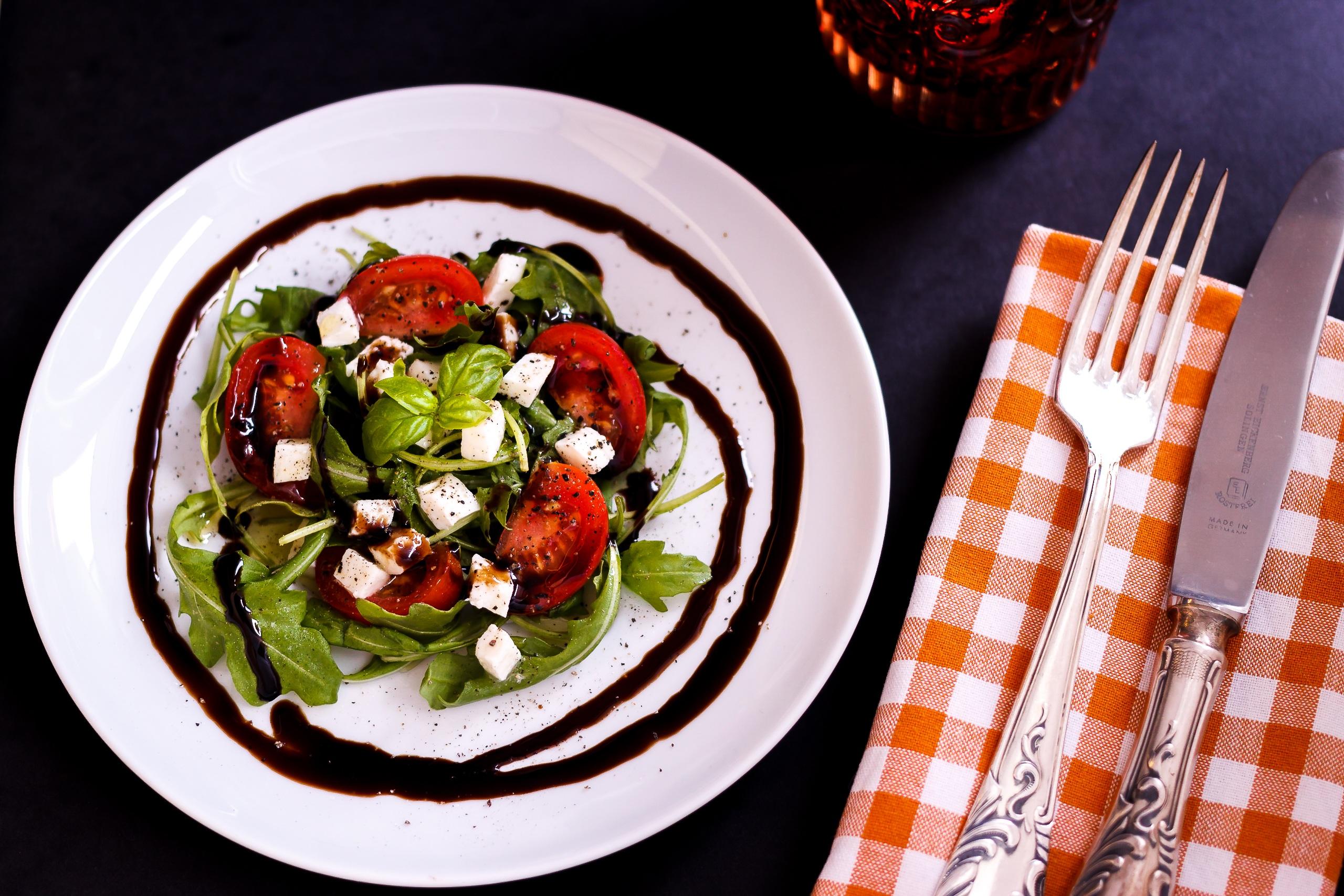 images gratuites table fourchette coutellerie planche restaurant rustique plat repas. Black Bedroom Furniture Sets. Home Design Ideas