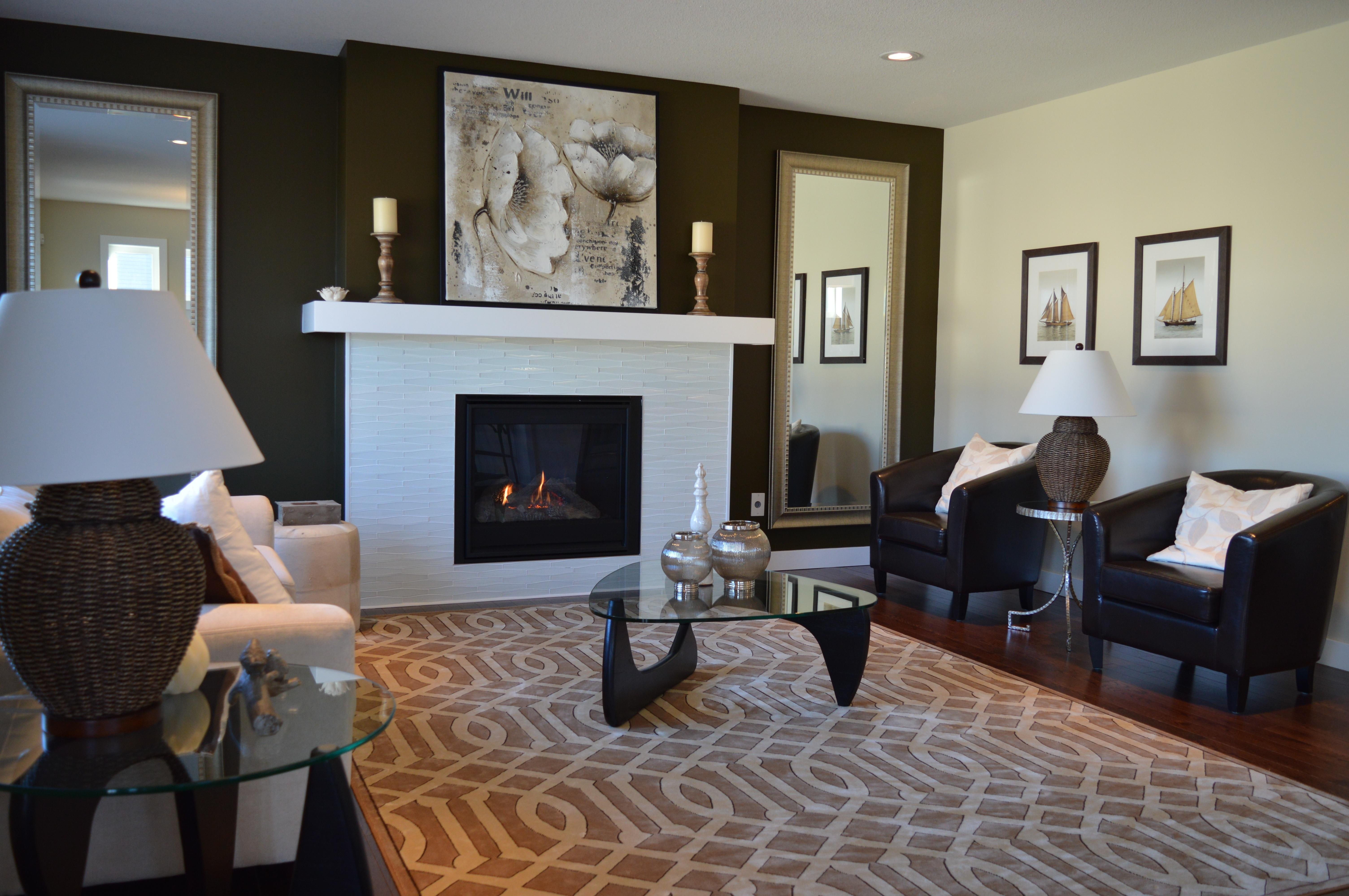 Immagini belle tavolo casa pavimento interno cottage for Disegni casa cottage