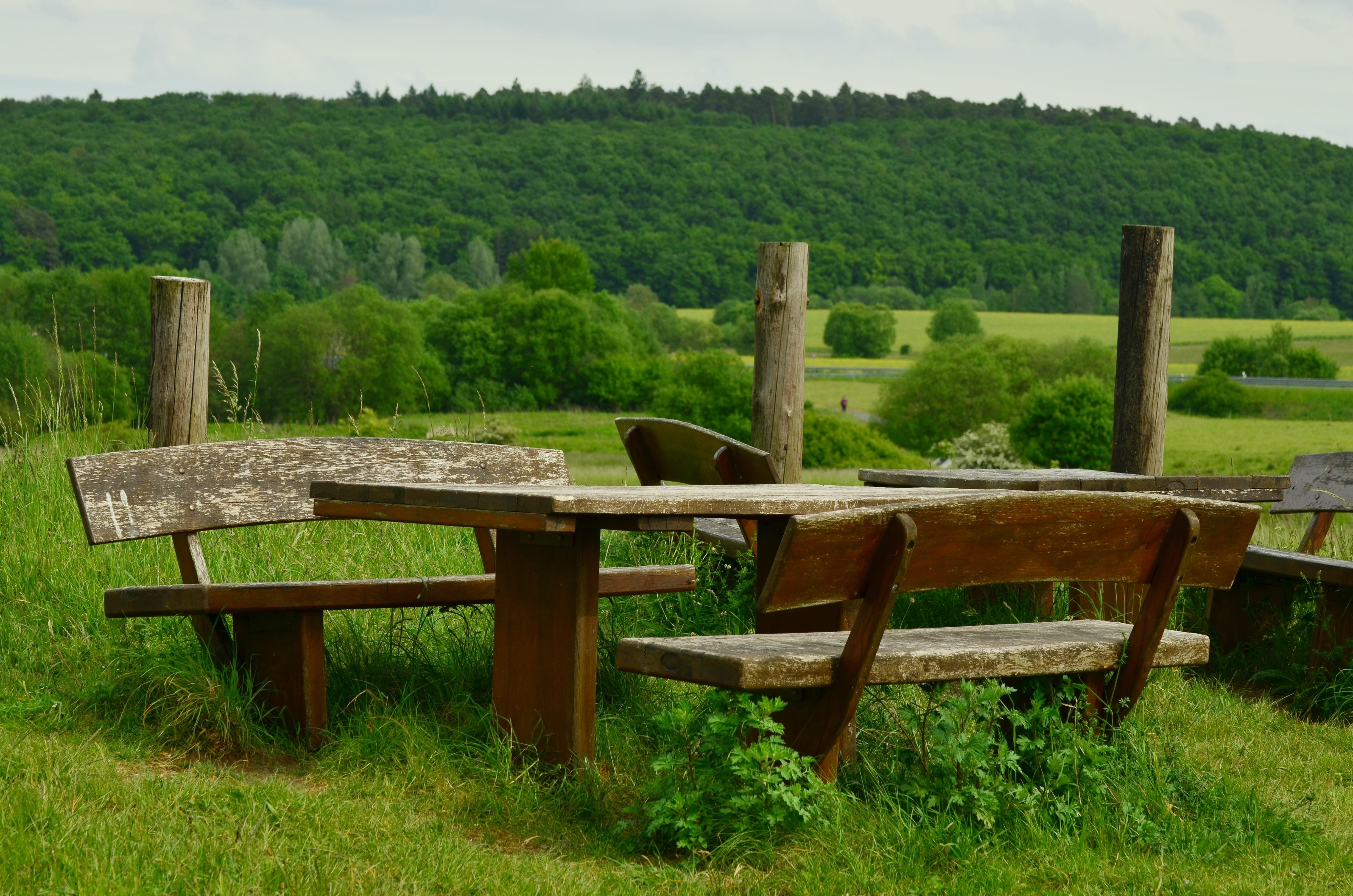 Fotos gratis mesa paisaje naturaleza c sped madera - Mueble banco asiento ...